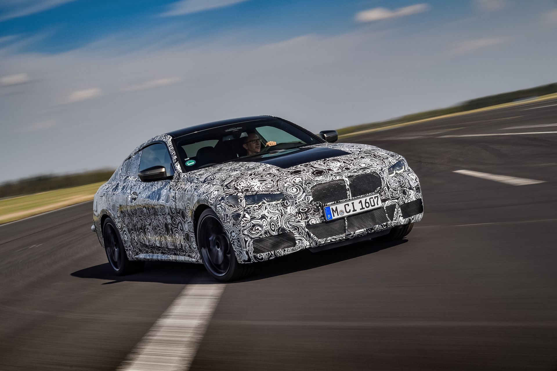 BMW-4-Series-M440i-camouflaged-7