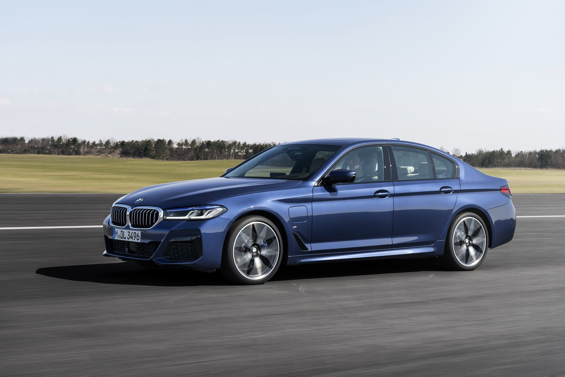 BMW-5-Series-facelift-2021-17