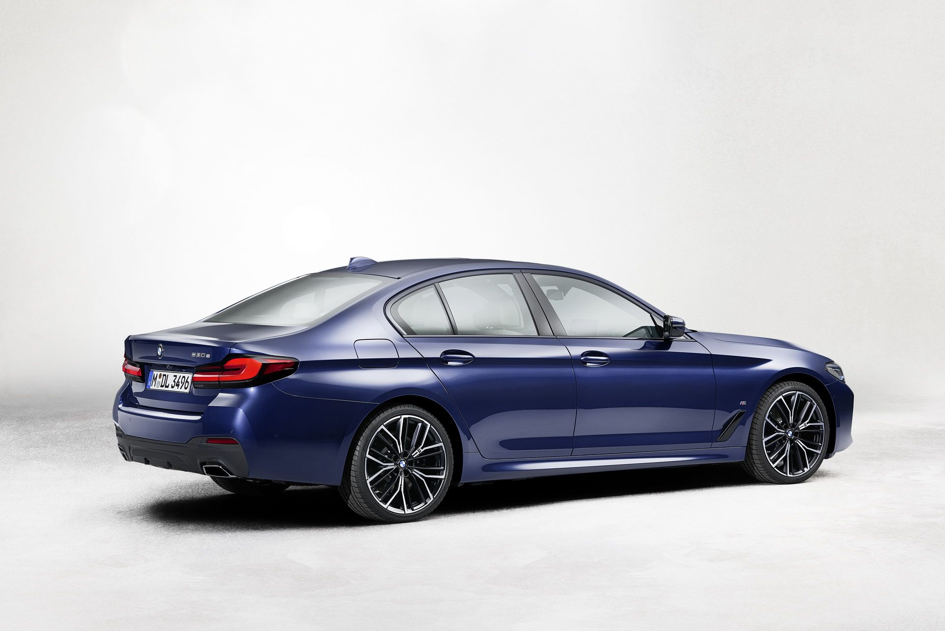 BMW-5-Series-facelift-2021-27