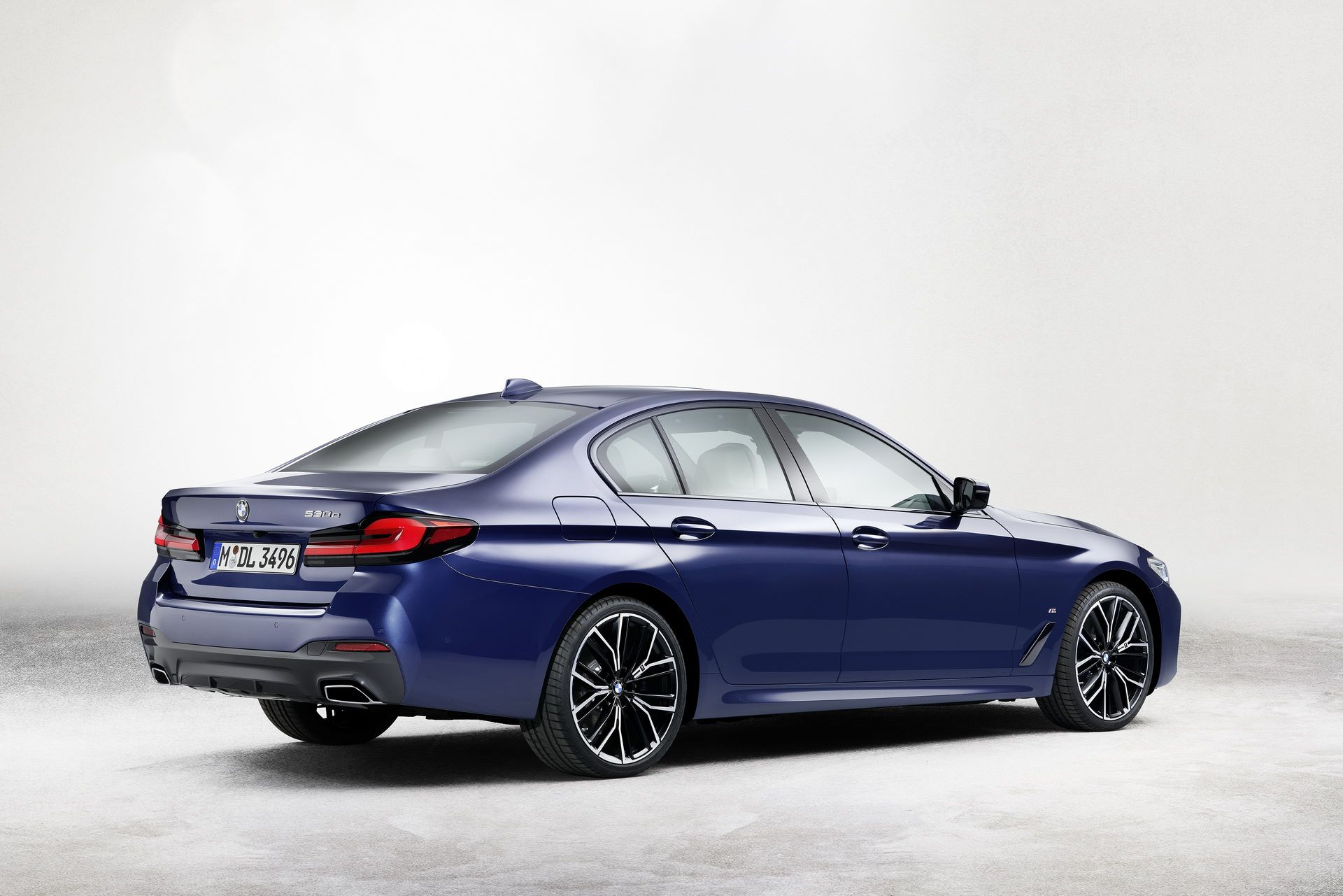 BMW-5-Series-facelift-2021-28