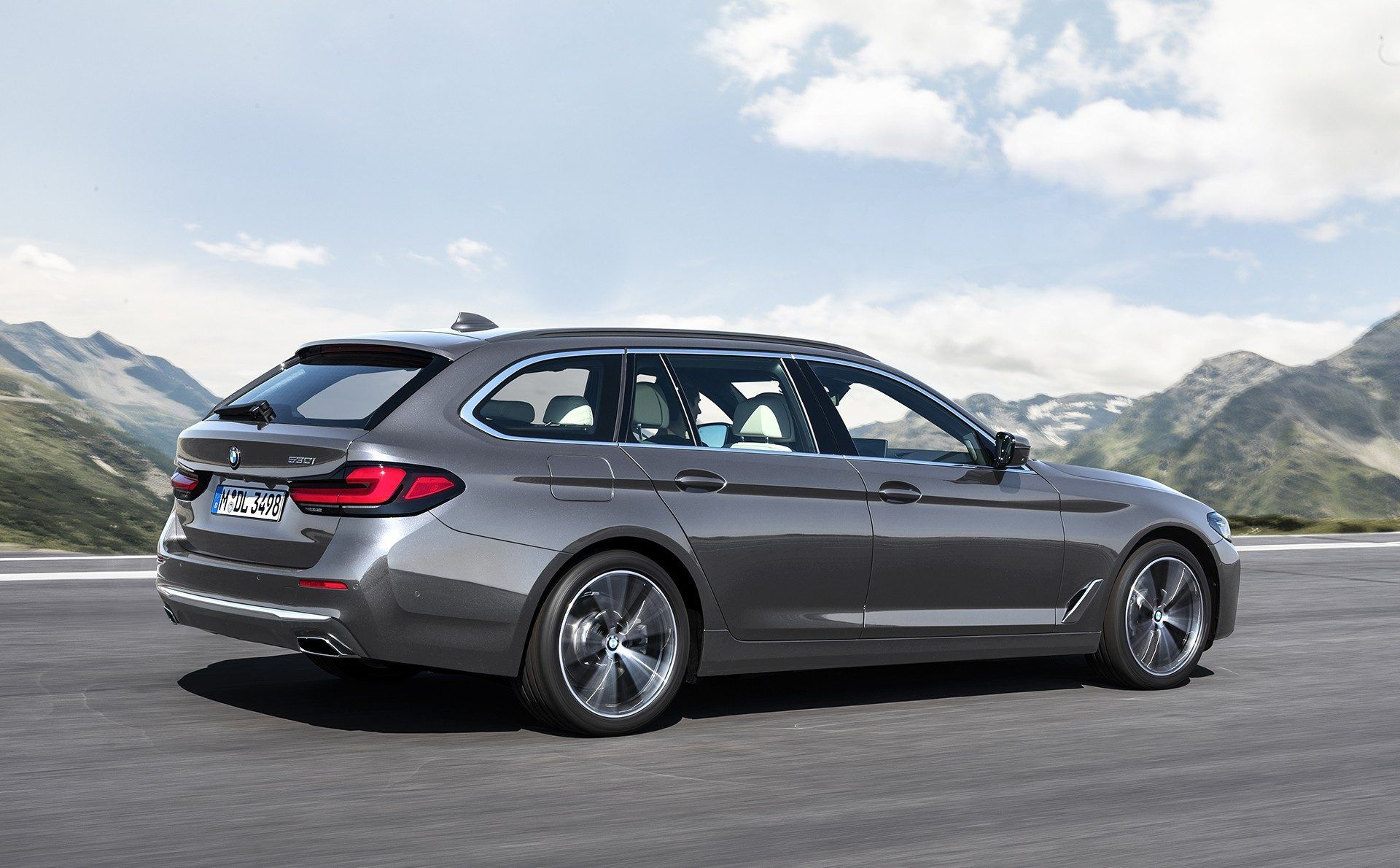 BMW-5-Series-facelift-2021-4