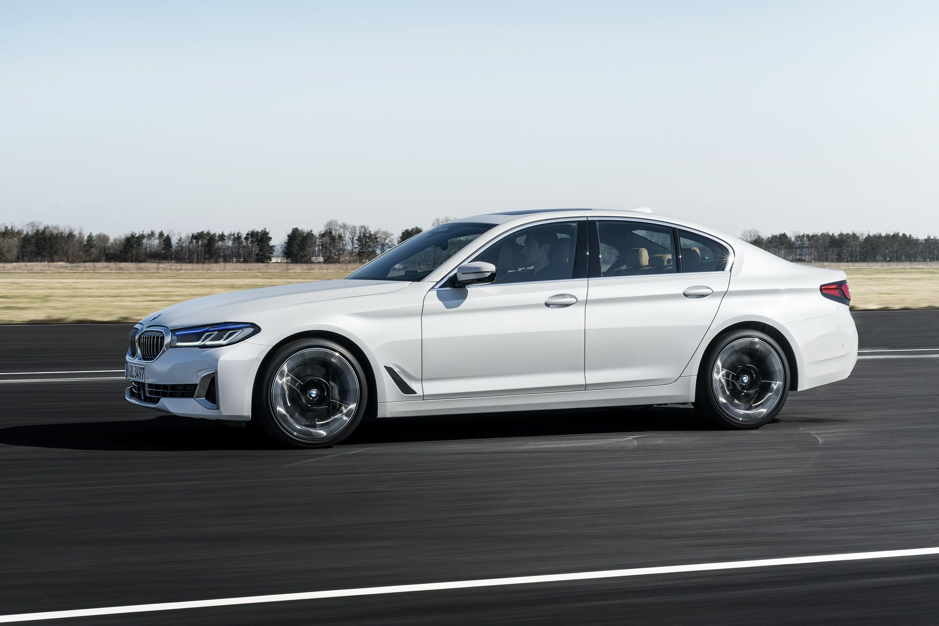 BMW-5-Series-facelift-2021-55
