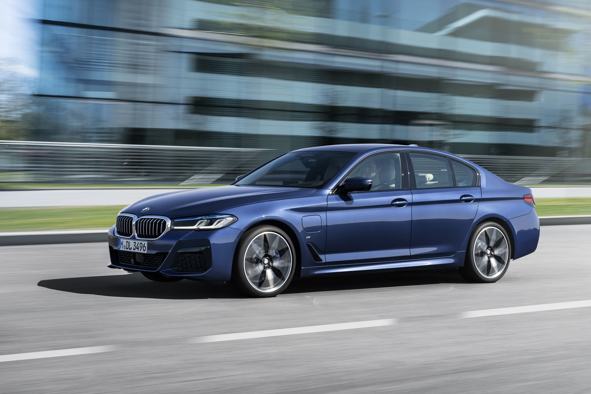 BMW-5-Series-facelift-2021-8