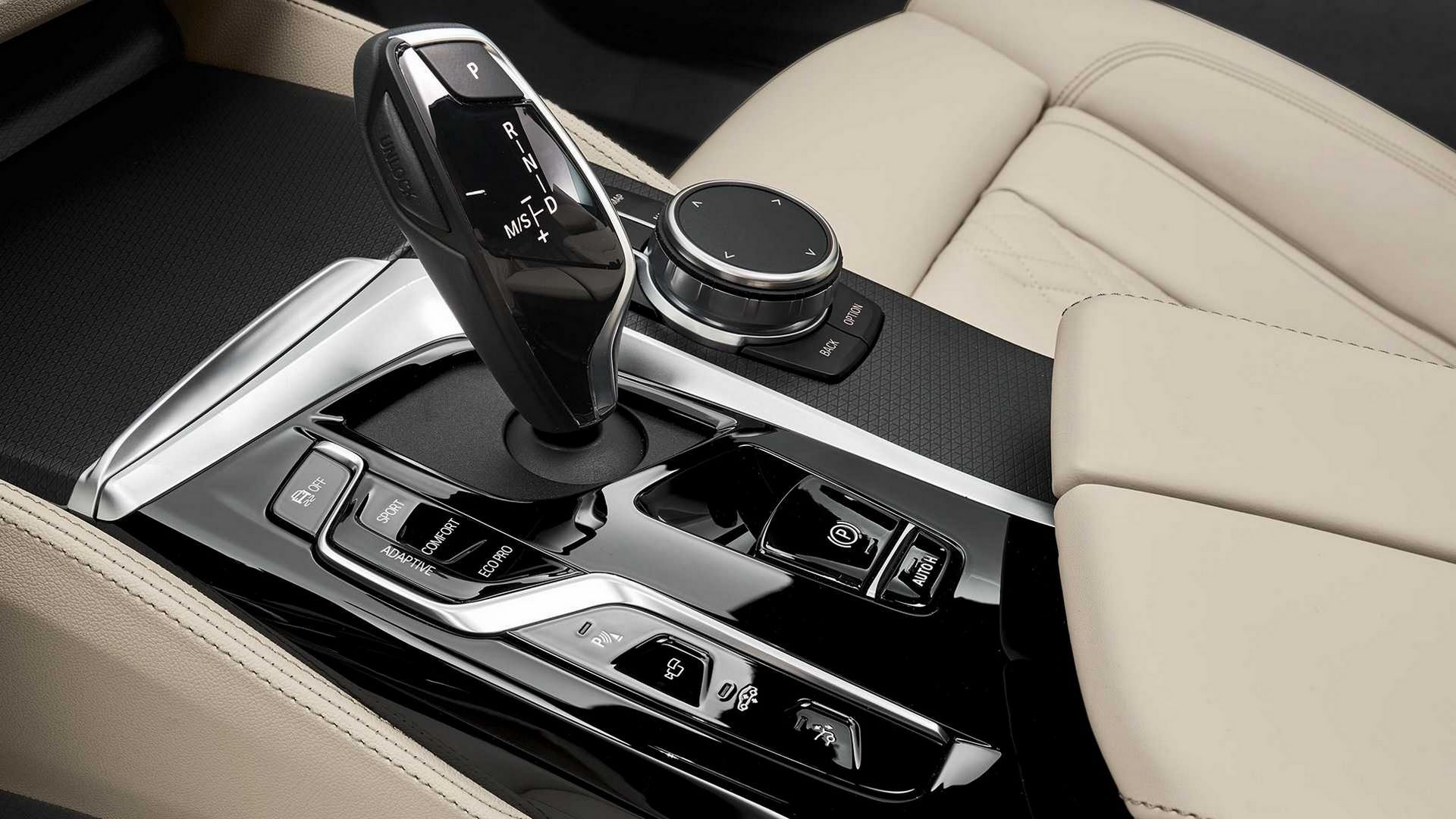 BMW-6-Series-GT-Gran-Turismo-facelift-2021-36