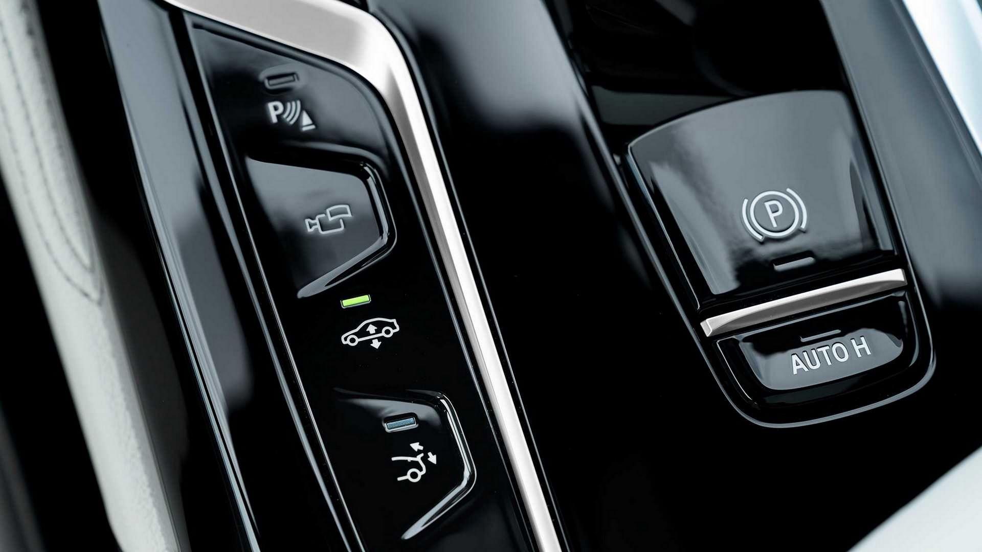 BMW-6-Series-GT-Gran-Turismo-facelift-2021-37
