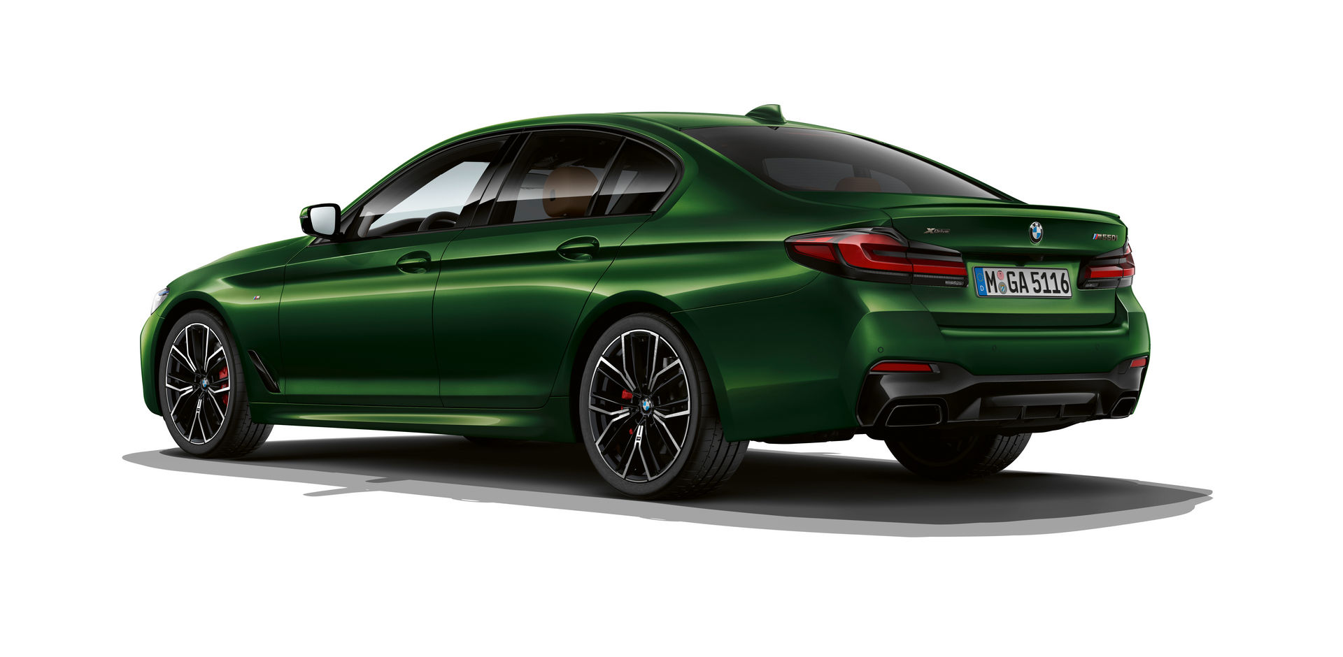 BMW-M550i-2