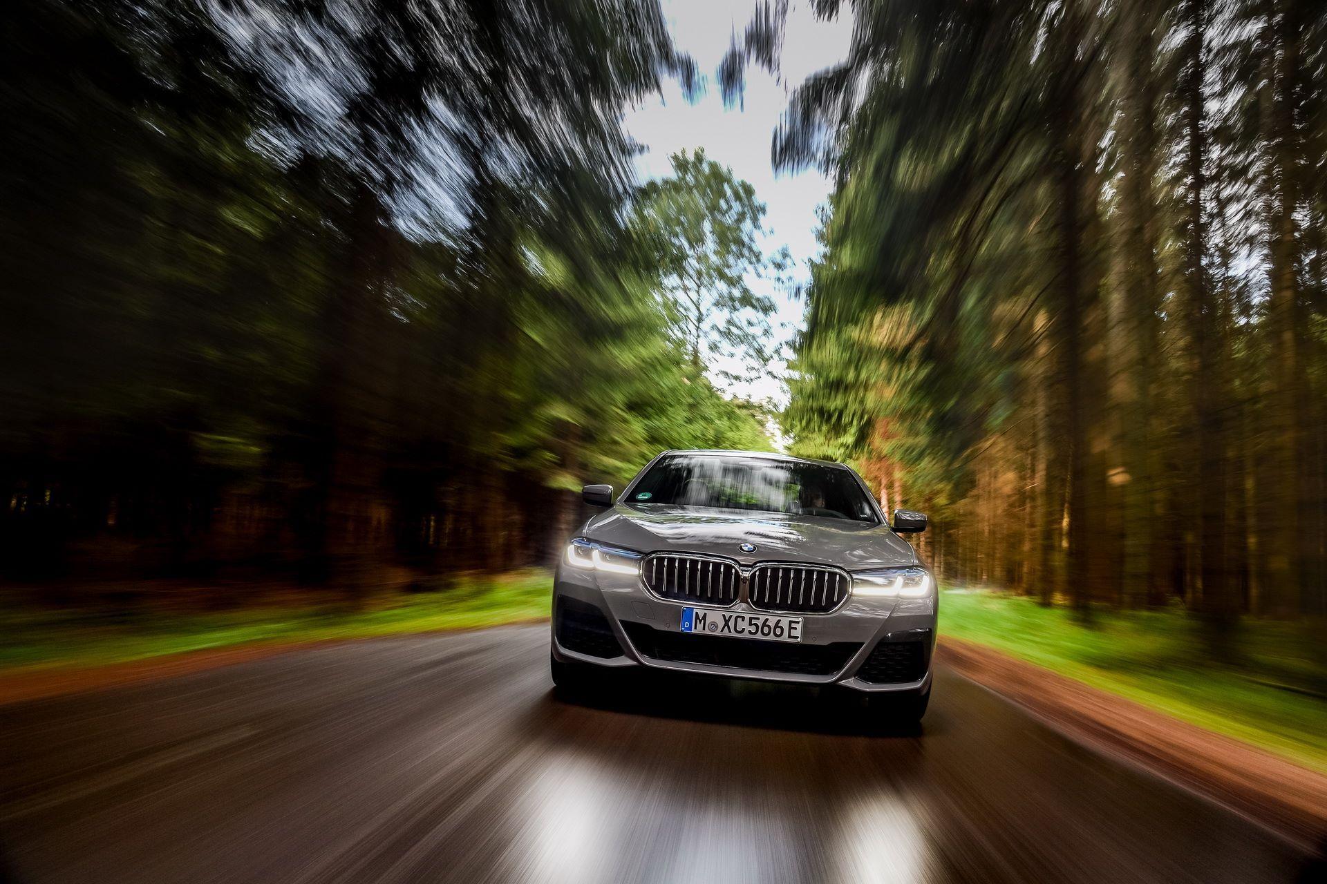 BMW-545e-xDrive-20