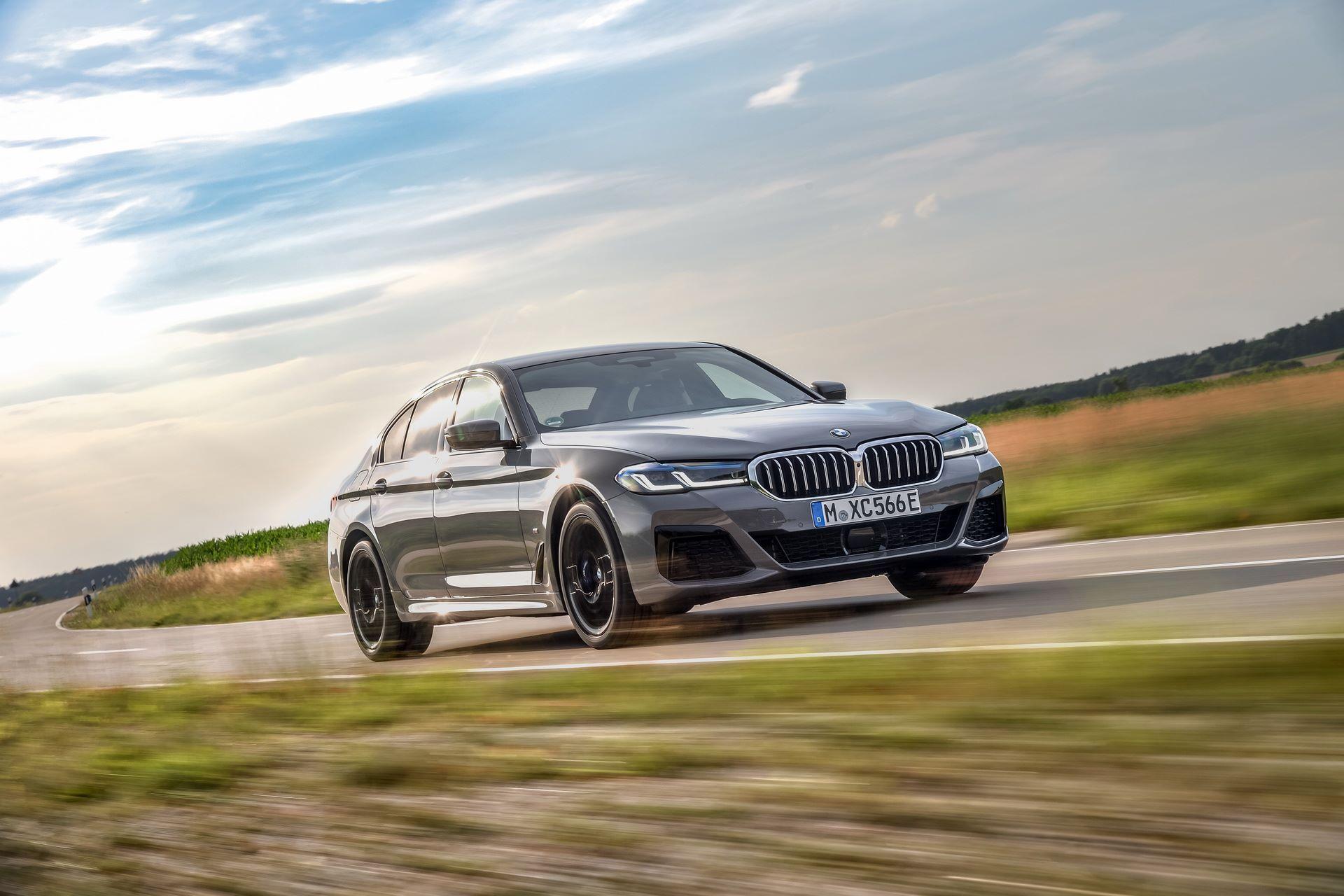 BMW-545e-xDrive-34
