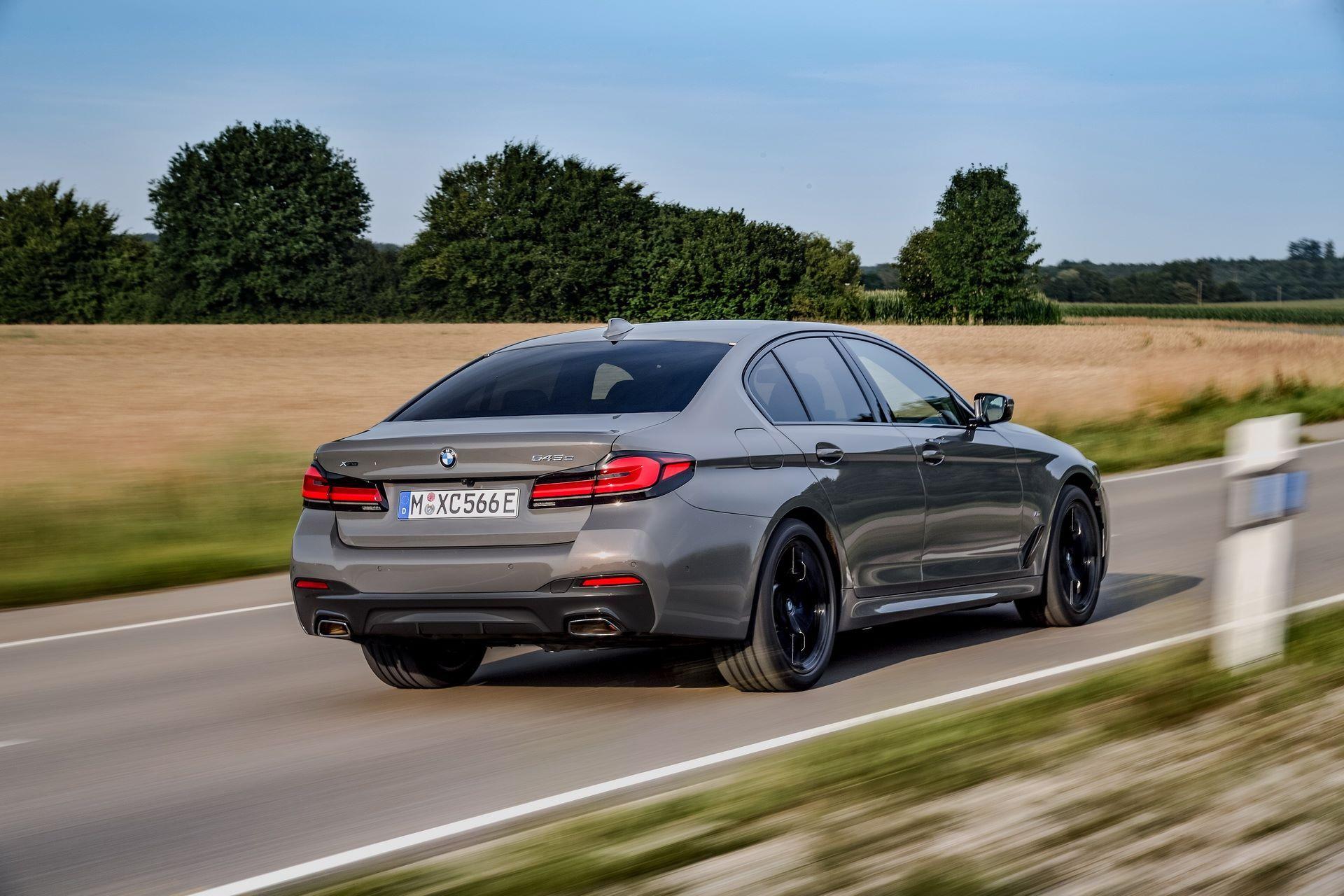 BMW-545e-xDrive-50