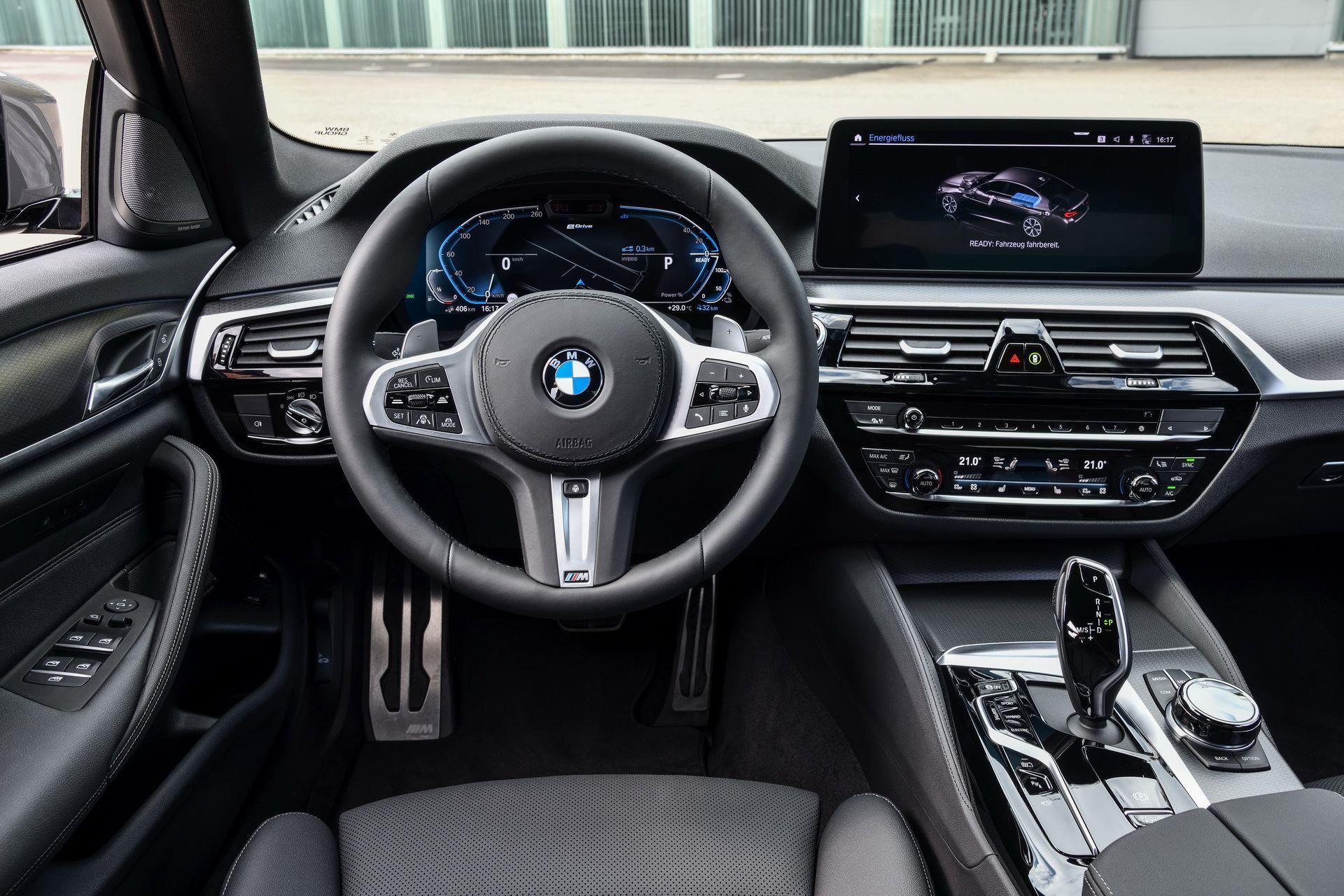 BMW-545e-xDrive-60