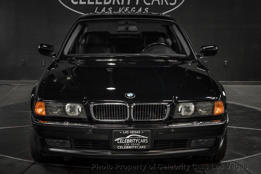 BMW_750iL_Tupac_0007