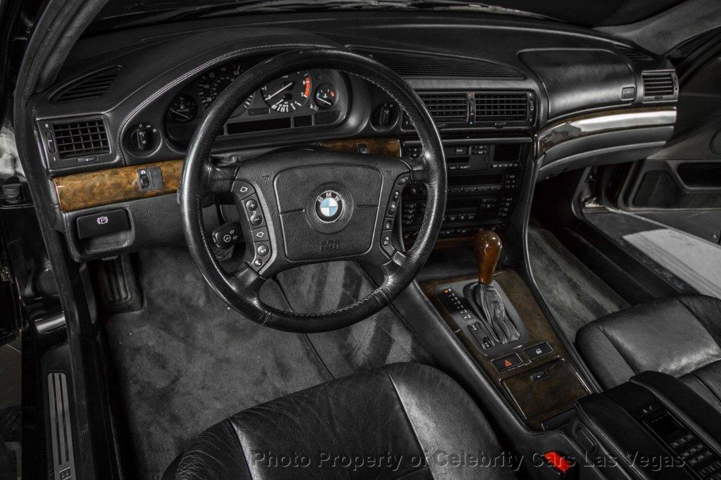 BMW_750iL_Tupac_0013