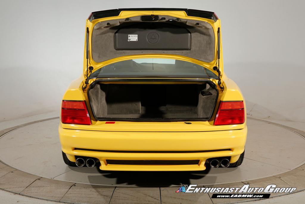 BMW-850CSi-30