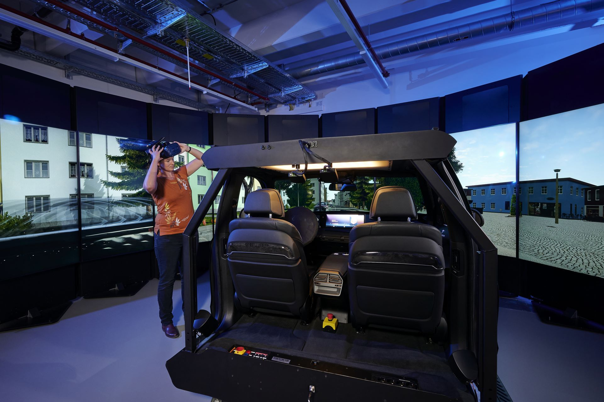 BMW-Driving-Simulation-Centre-10