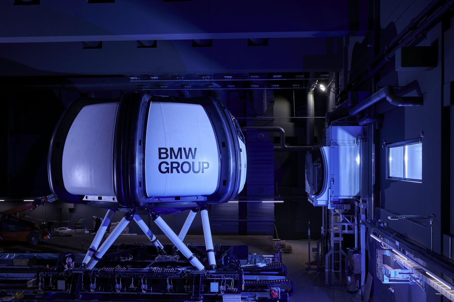 BMW-Driving-Simulation-Centre-14
