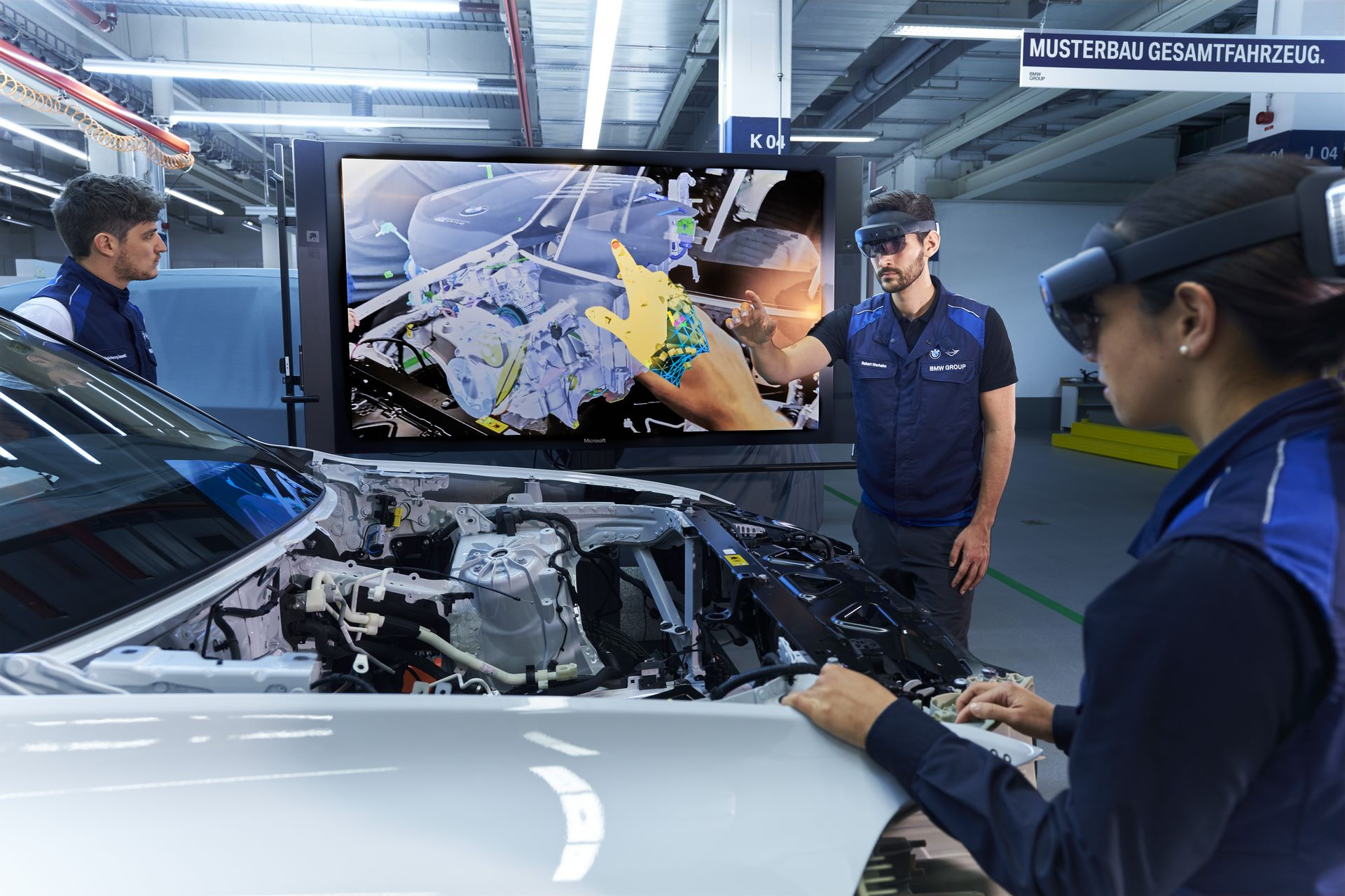 BMW-Group-Augmented-Reality-7