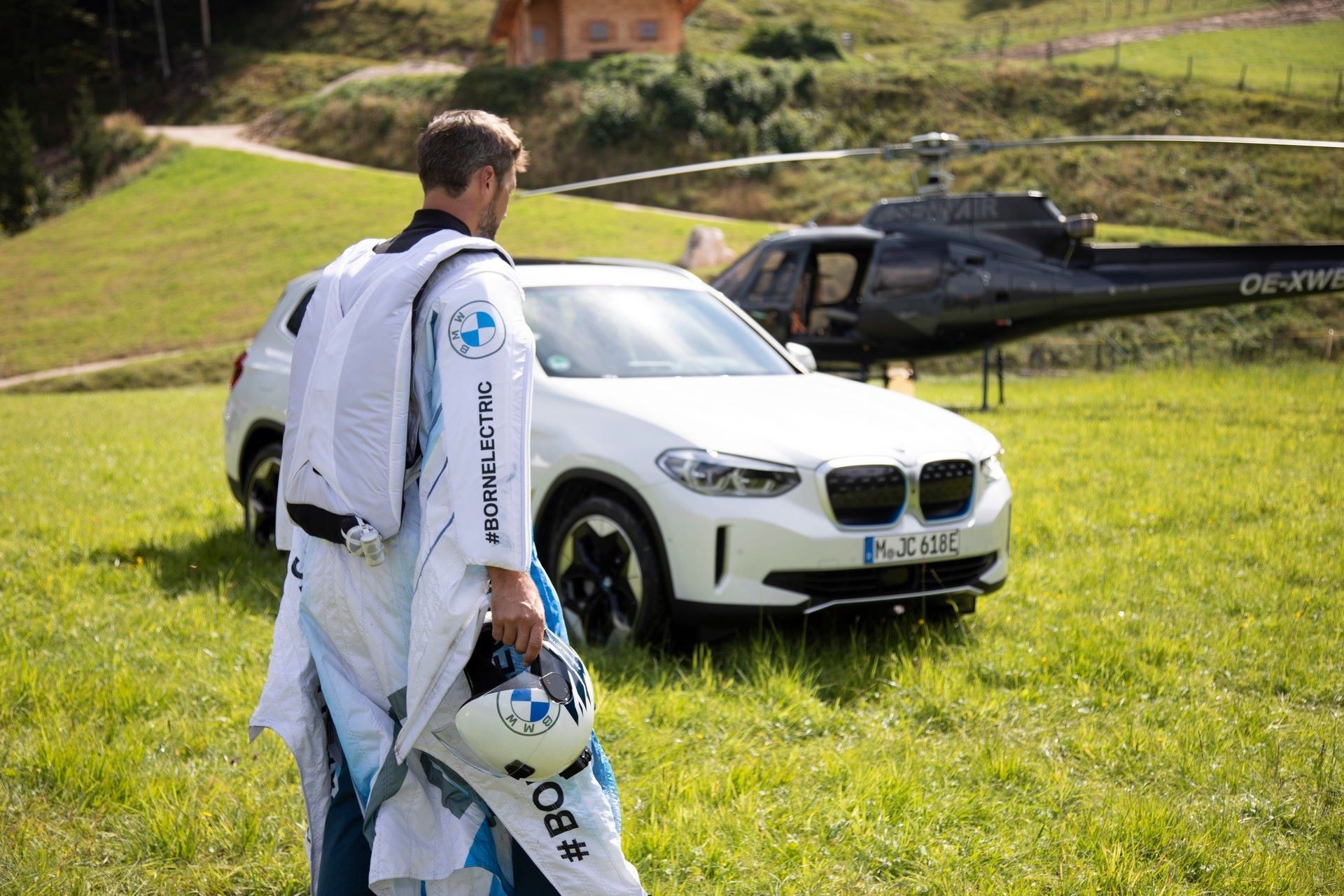 BMW-i-Wingsuit-1