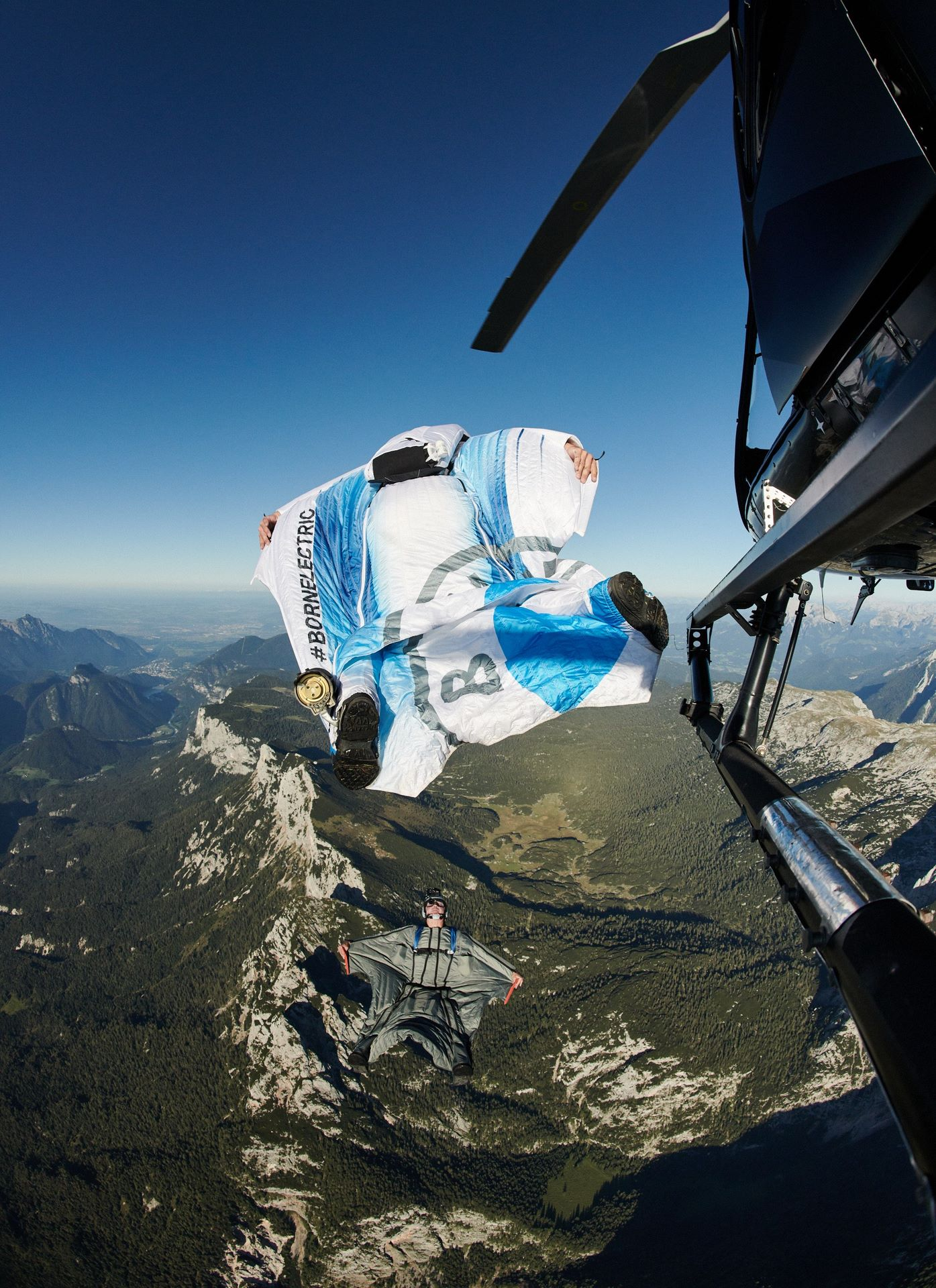 BMW-i-Wingsuit-4