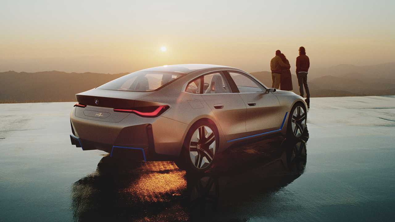 BMW-i4-Concept-photos-leaked-10