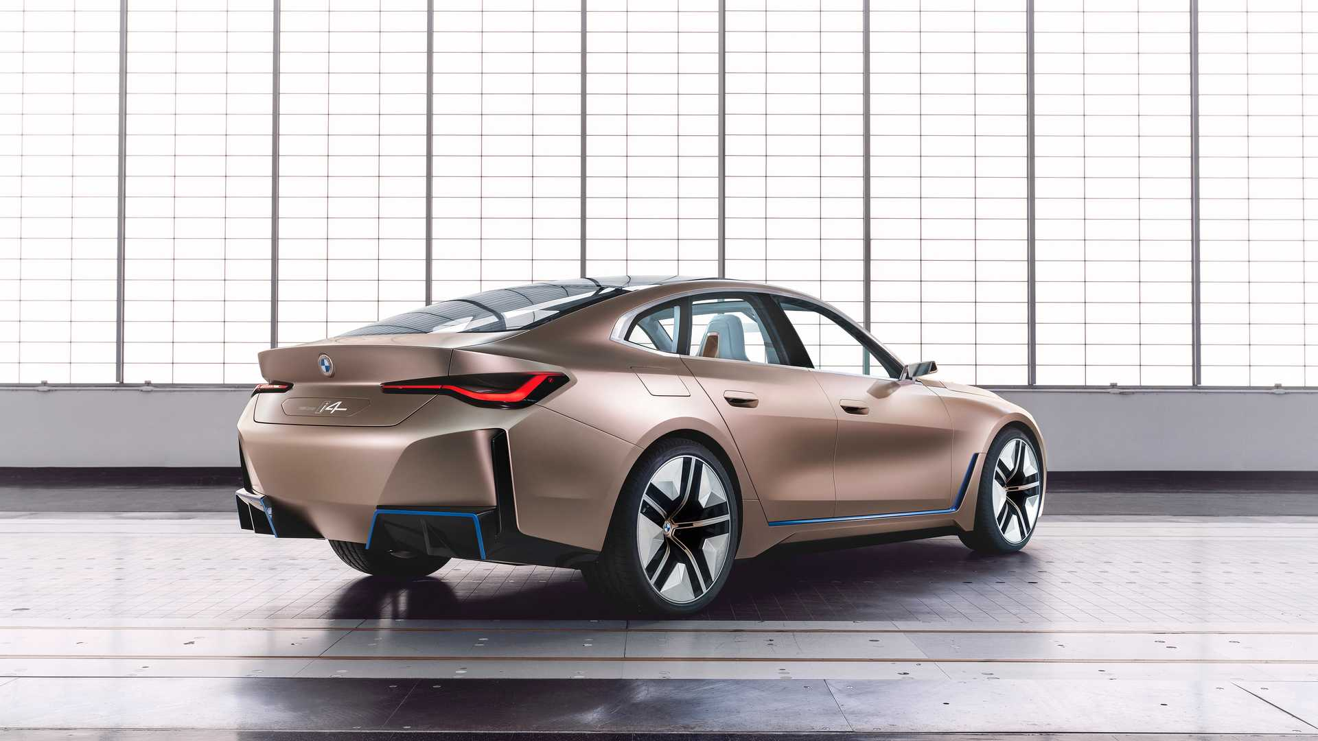 BMW-i4-Concept-photos-leaked-3