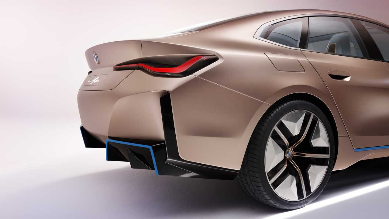 BMW-i4-Concept-photos-leaked-5