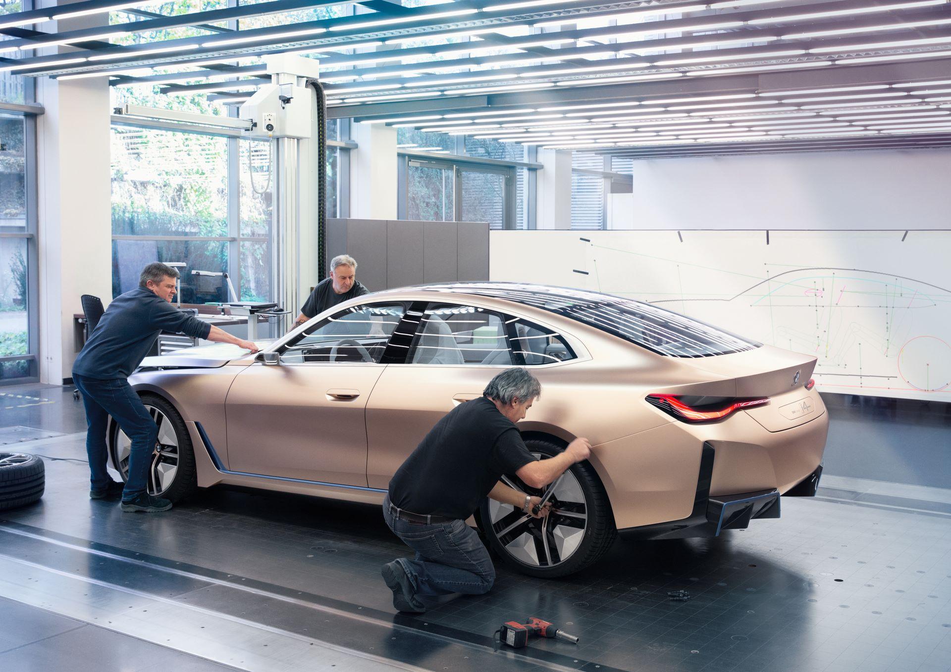 BMW-i4-concept-4