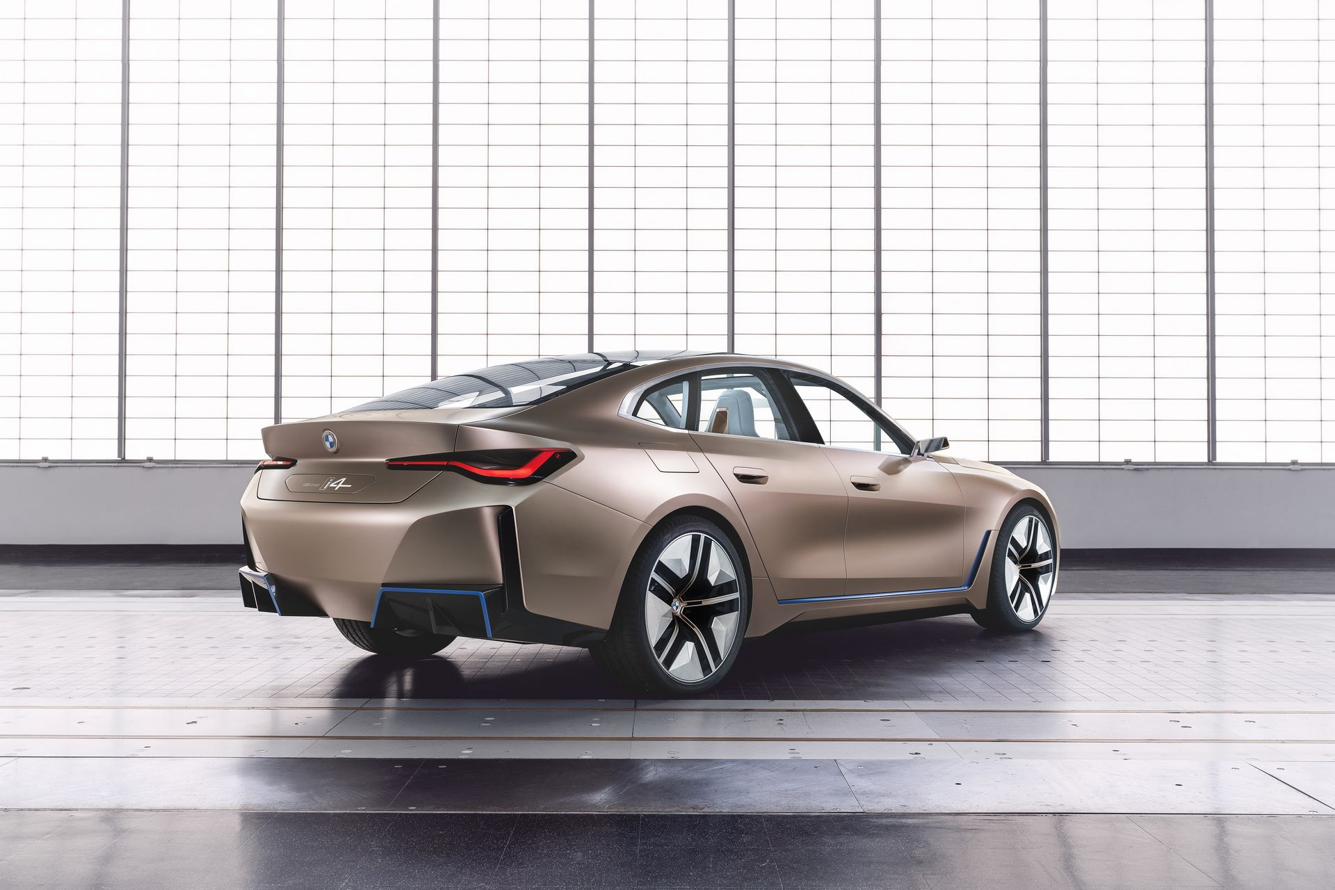 BMW-i4-concept-9
