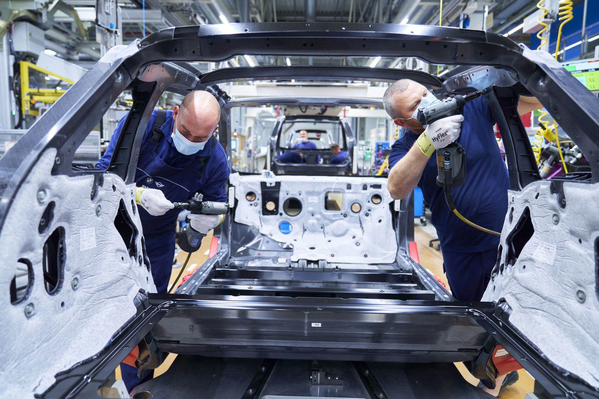 BMW-i8-plant-production-1