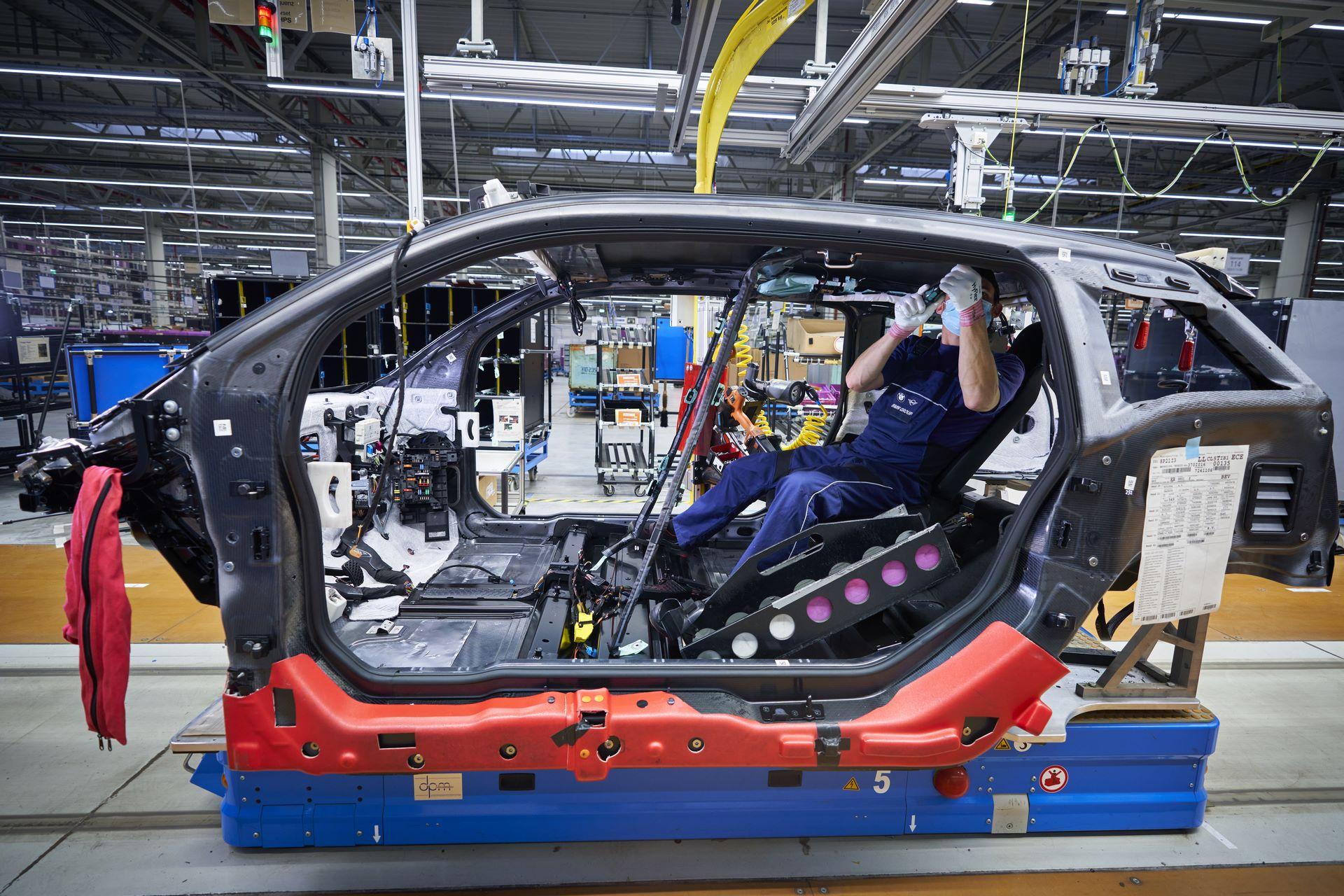 BMW-i8-plant-production-16