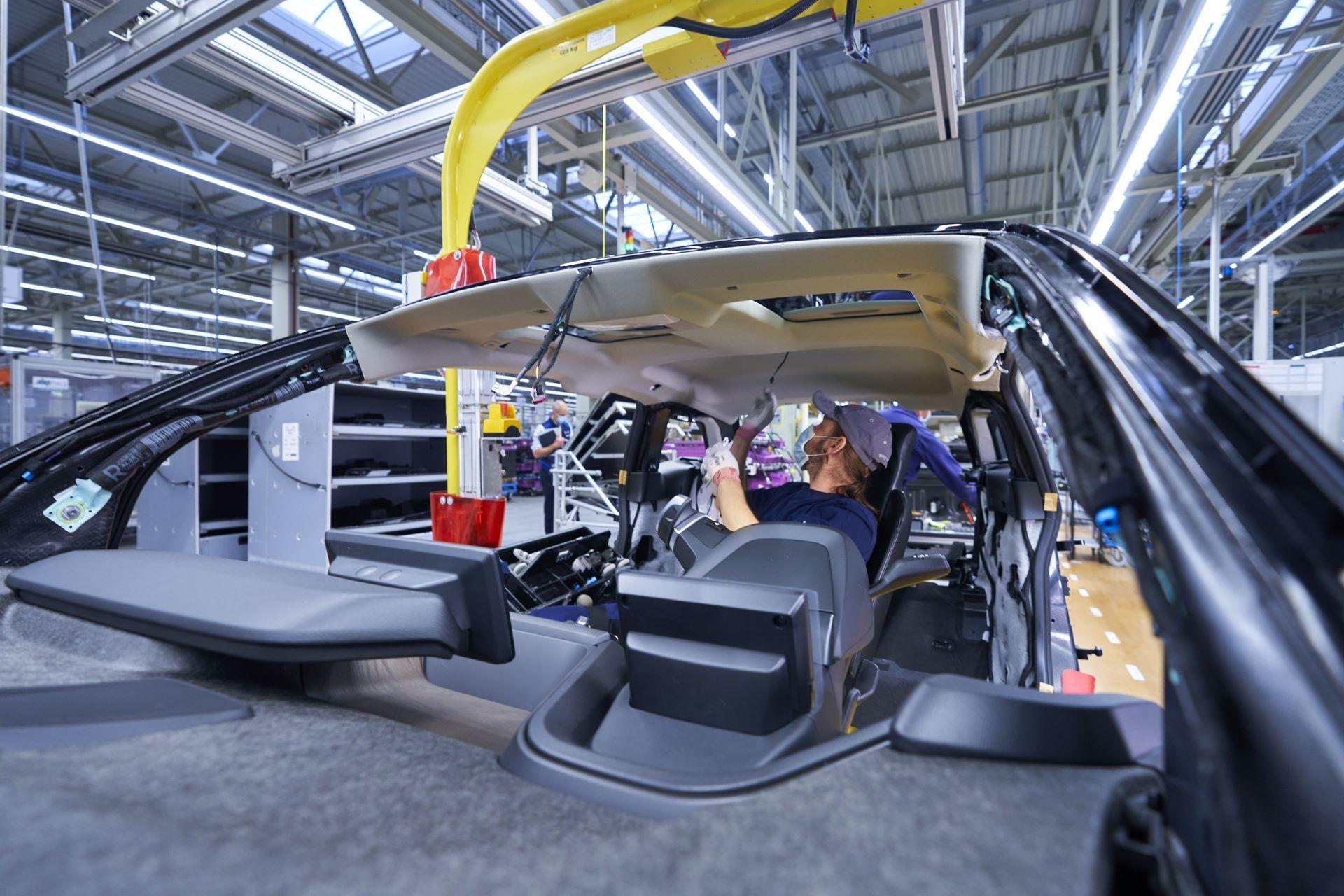 BMW-i8-plant-production-19