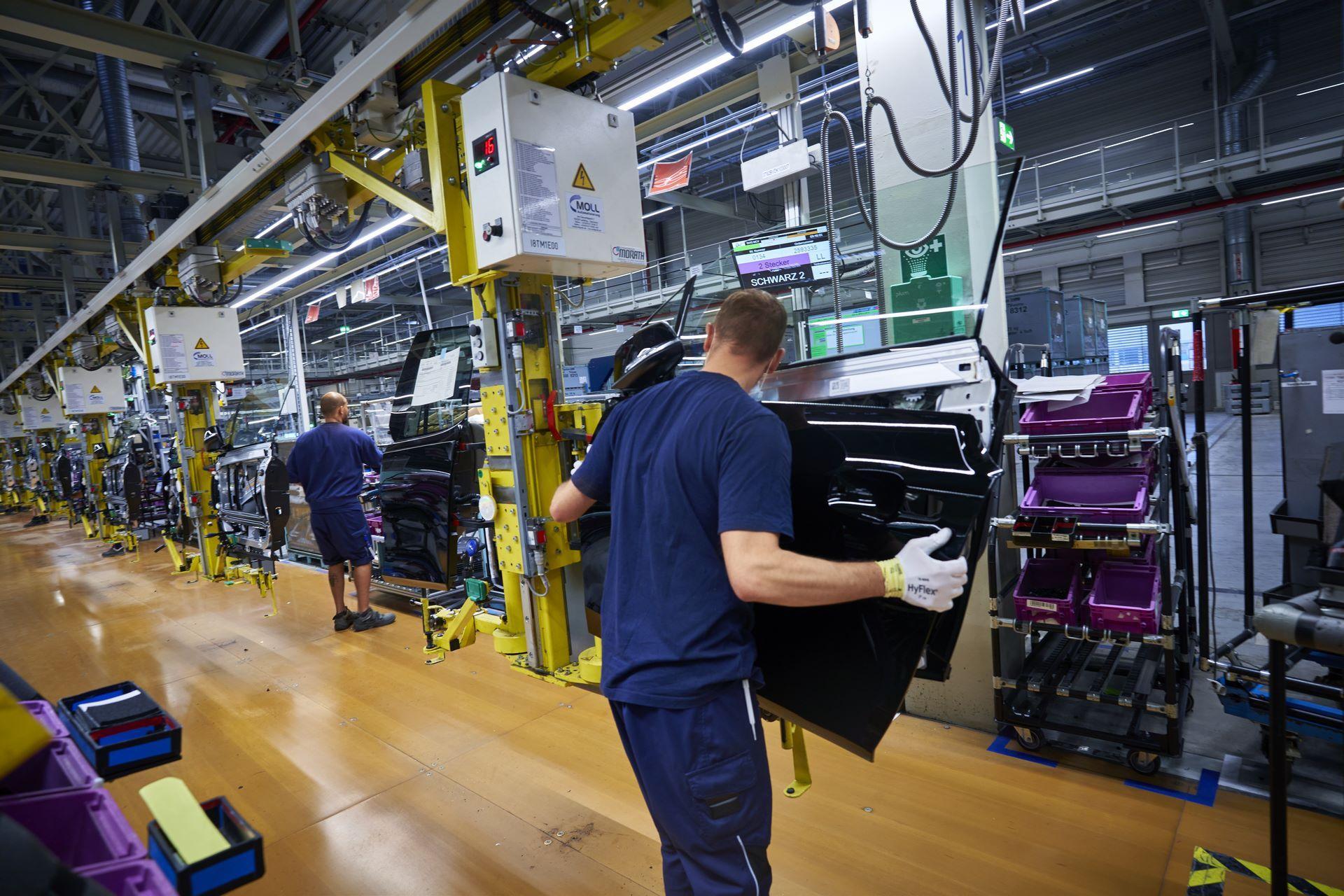 BMW-i8-plant-production-20