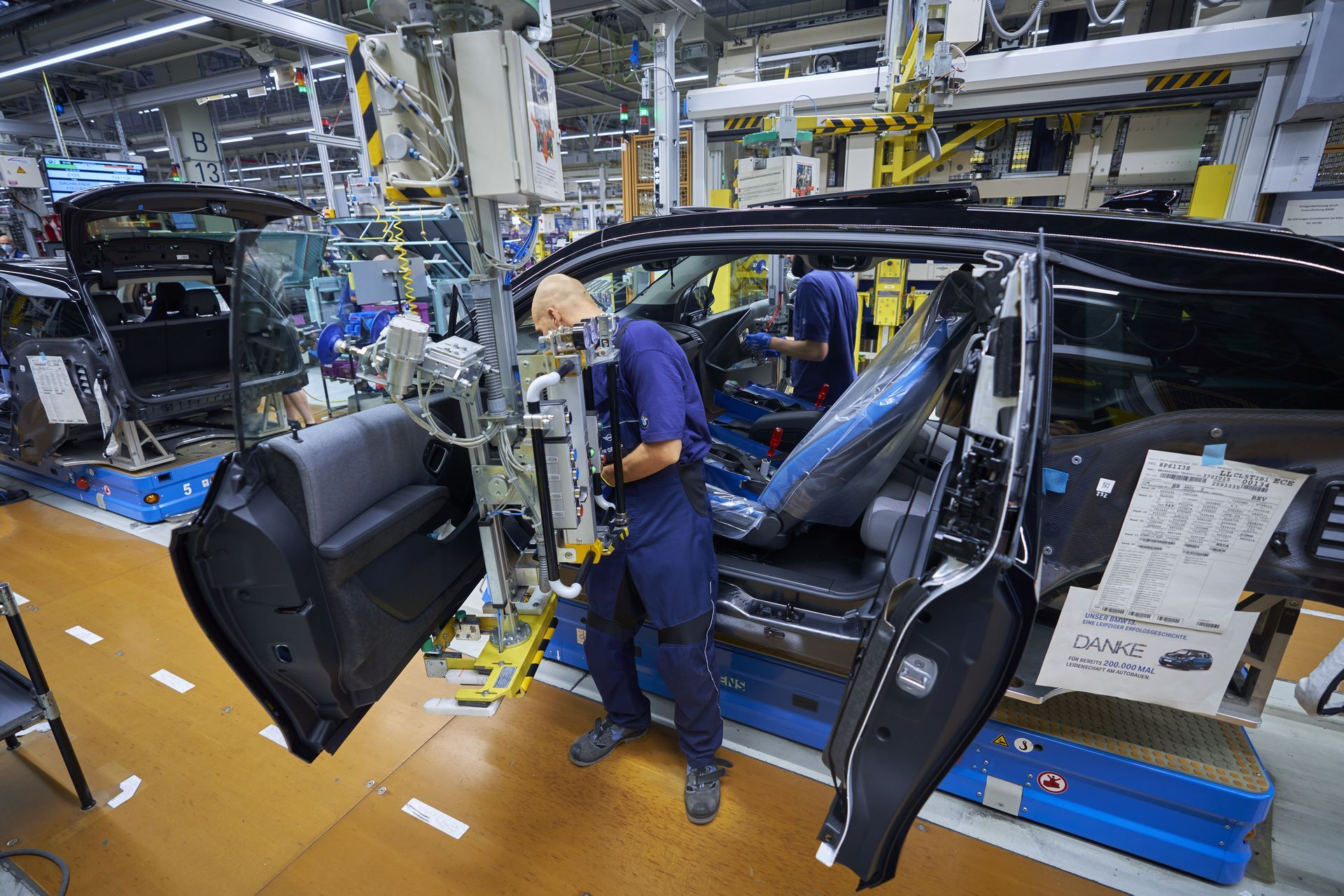 BMW-i8-plant-production-24