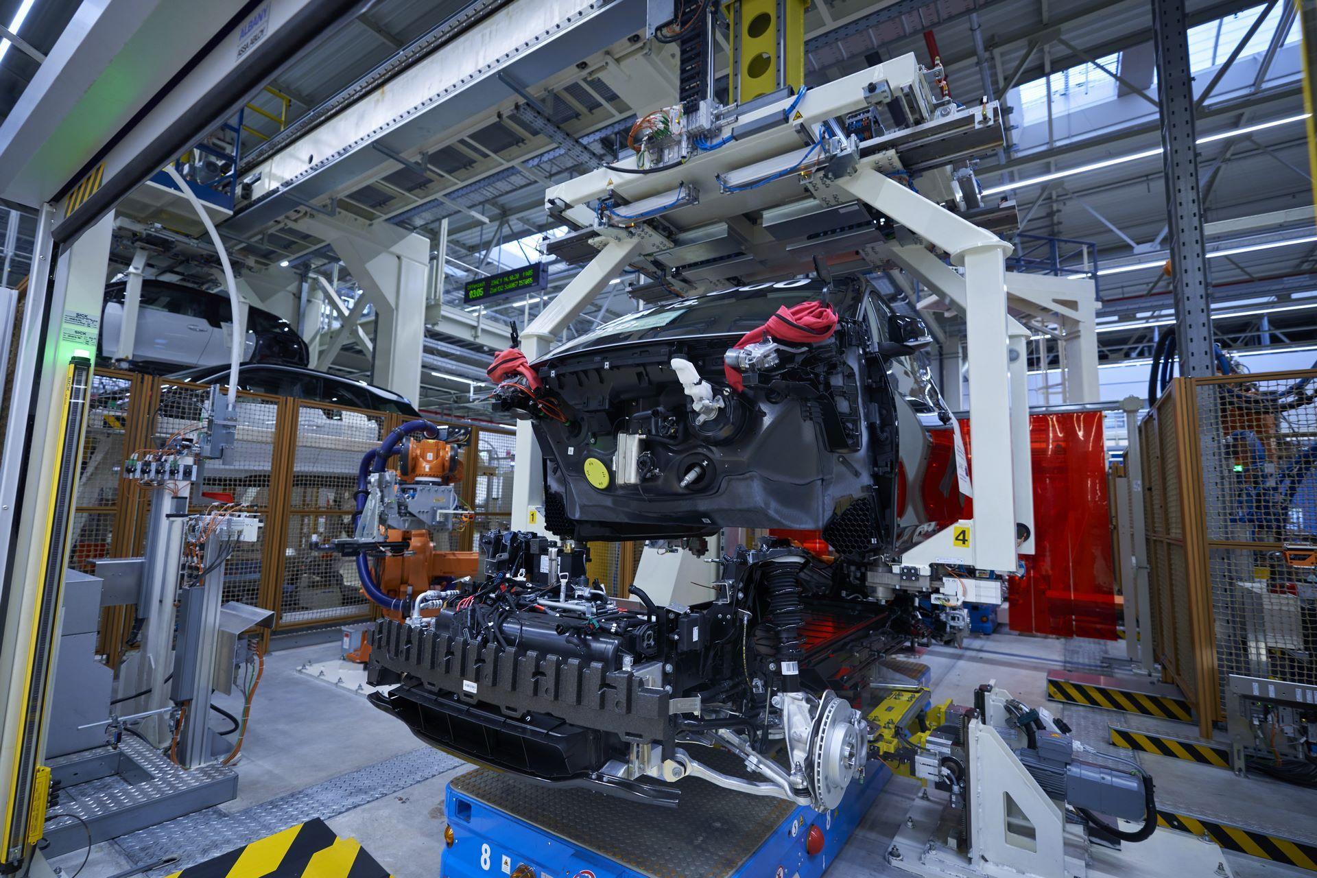 BMW-i8-plant-production-27
