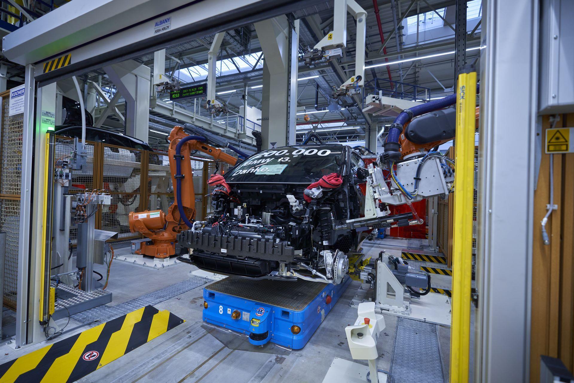 BMW-i8-plant-production-28