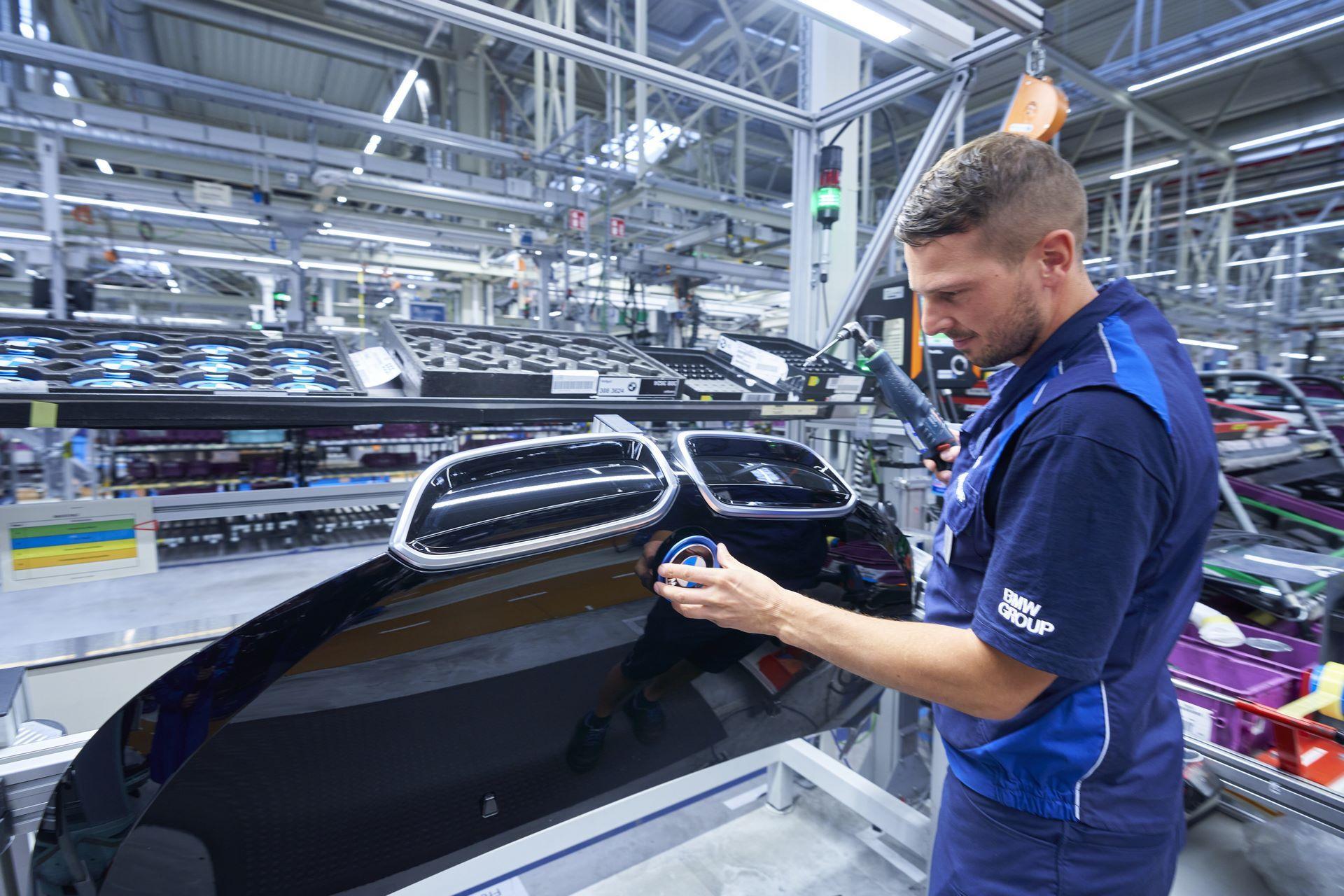 BMW-i8-plant-production-29