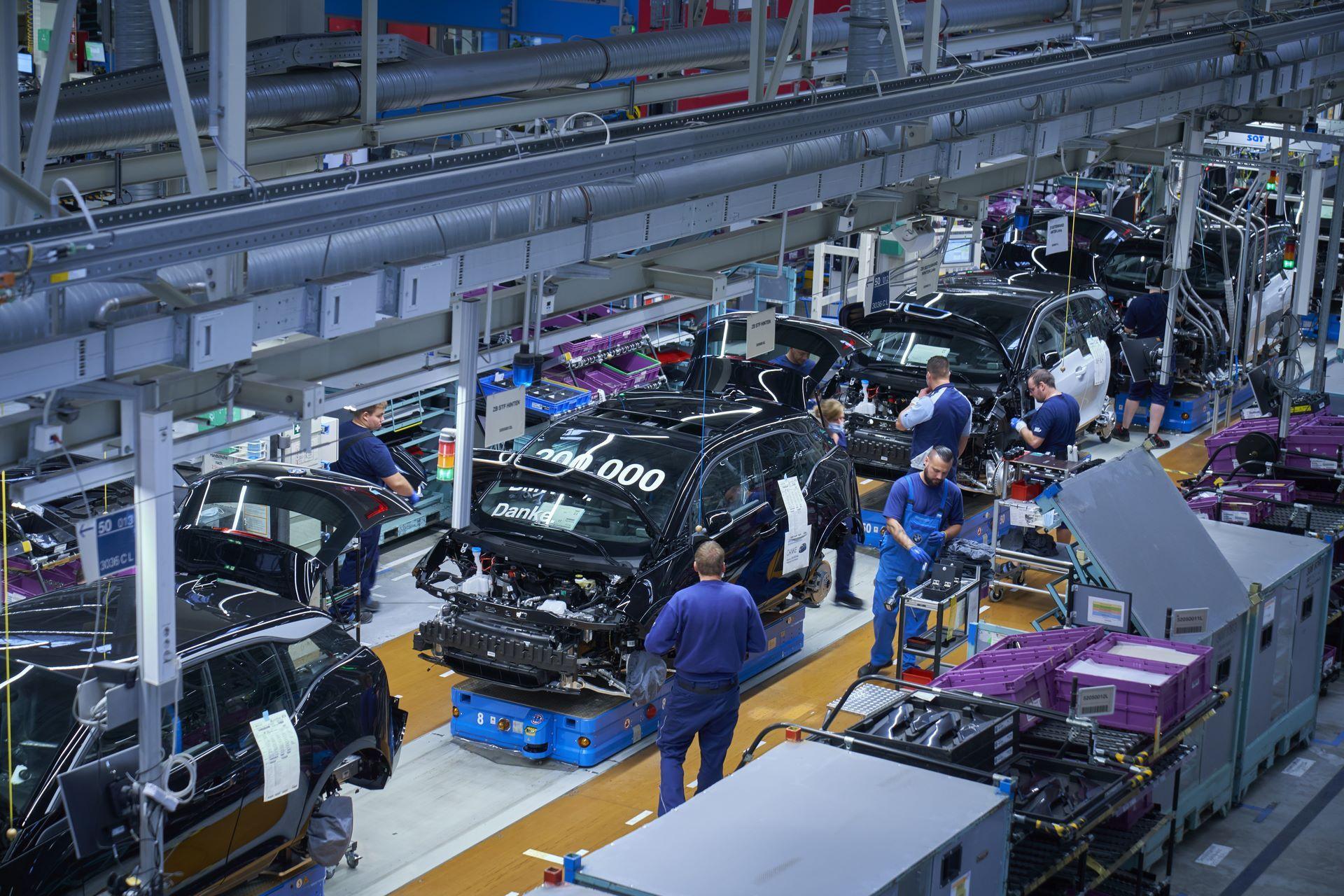 BMW-i8-plant-production-30