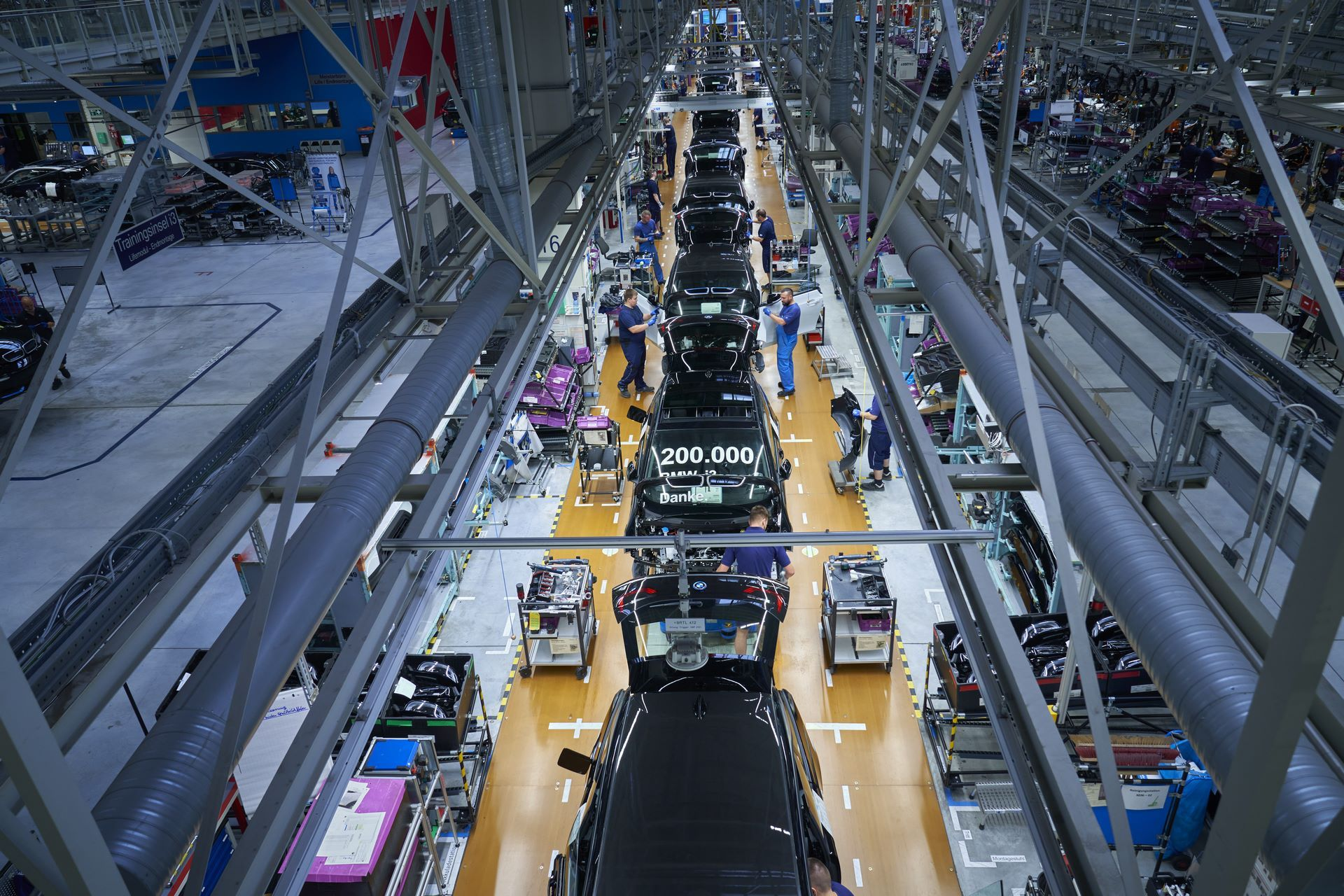 BMW-i8-plant-production-31