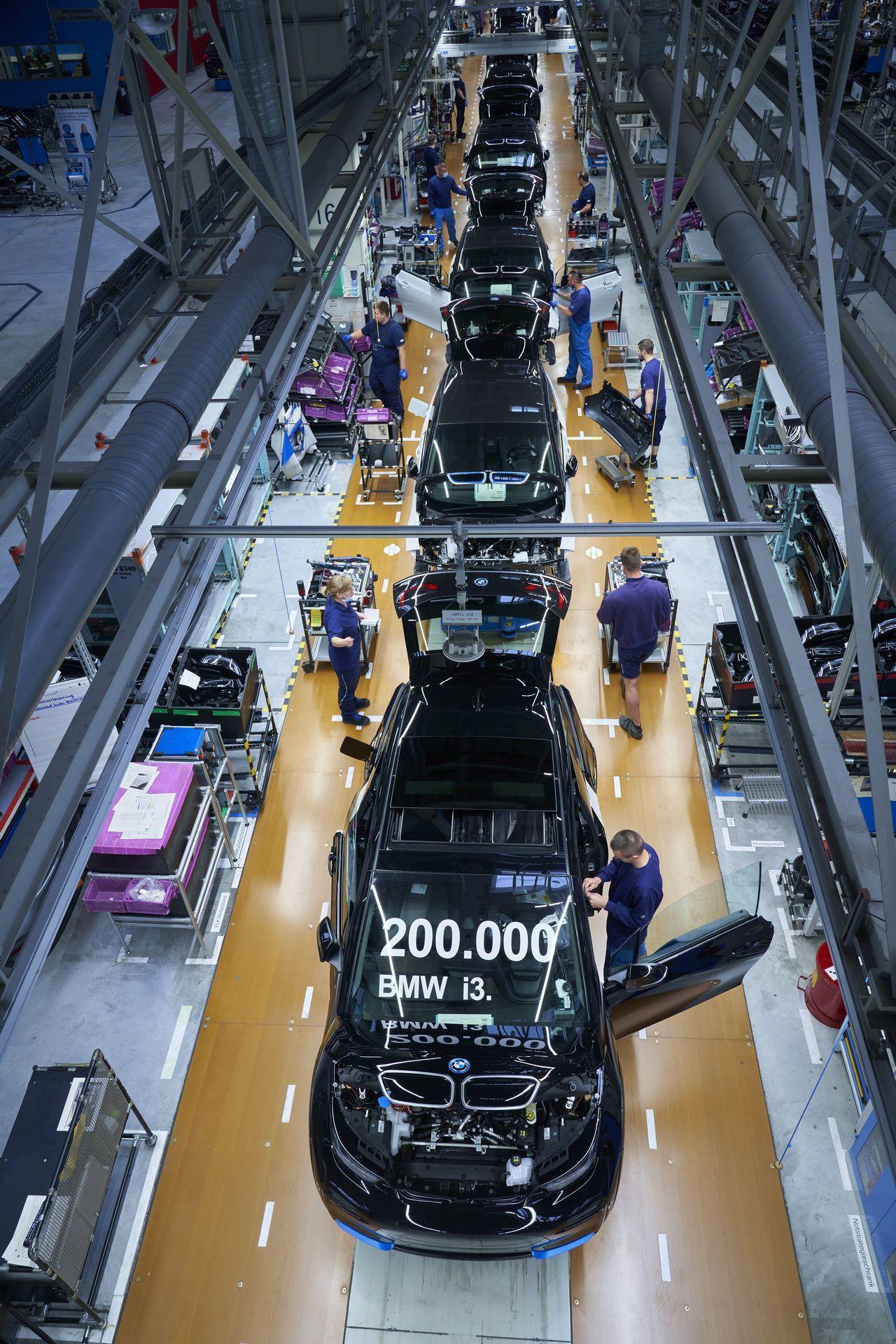 BMW-i8-plant-production-34
