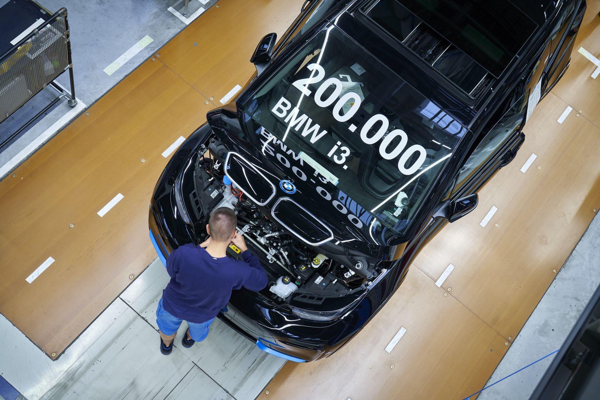 BMW-i8-plant-production-35