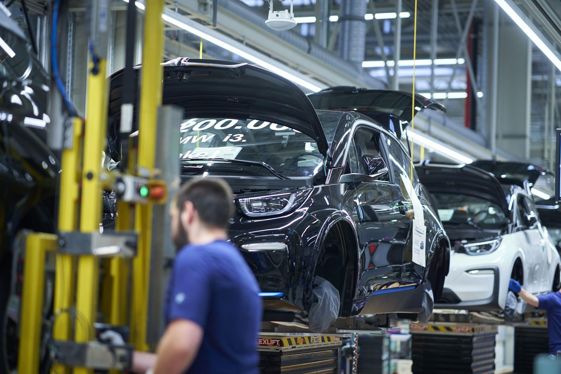 BMW-i8-plant-production-38