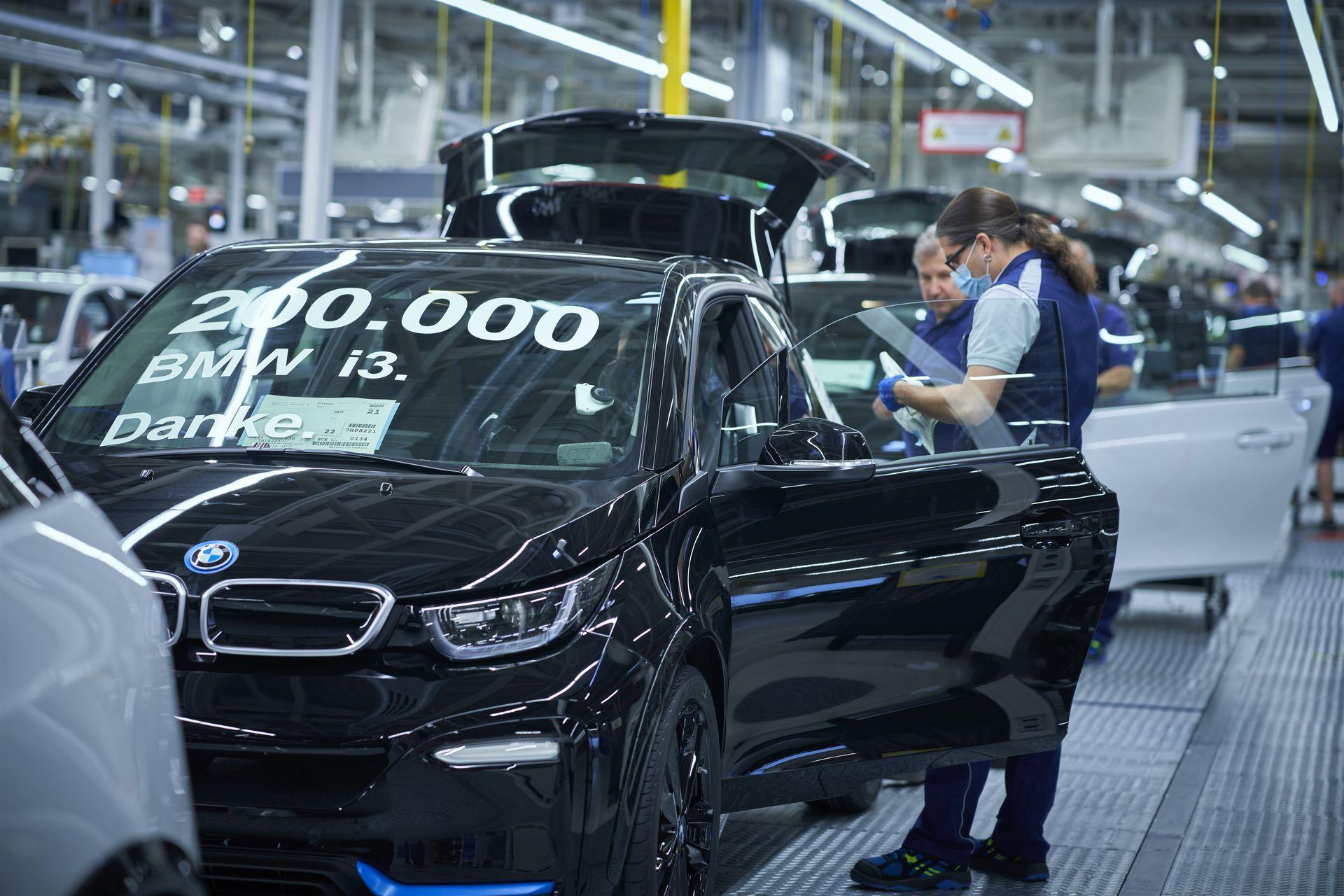 BMW-i8-plant-production-46