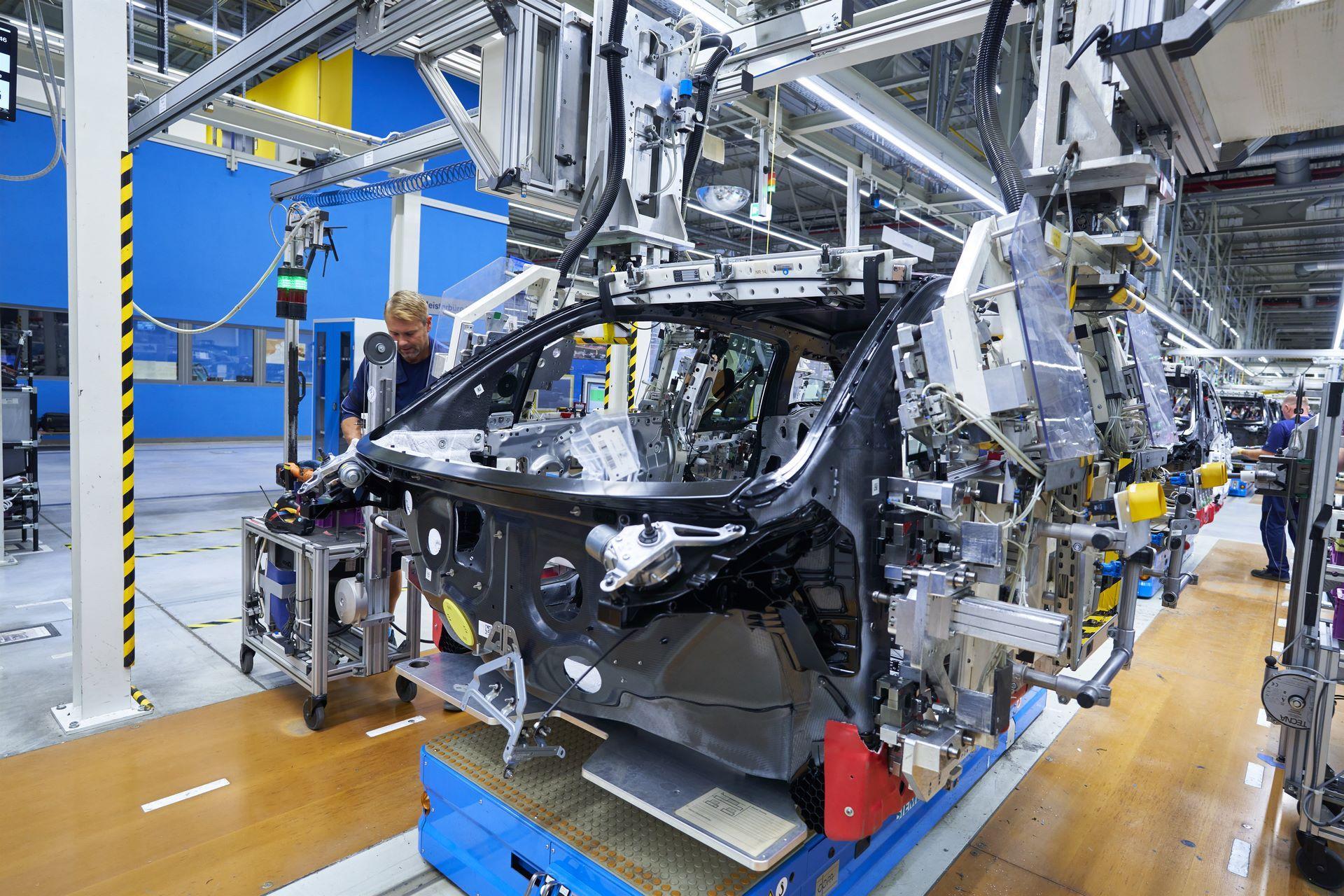 BMW-i8-plant-production-5