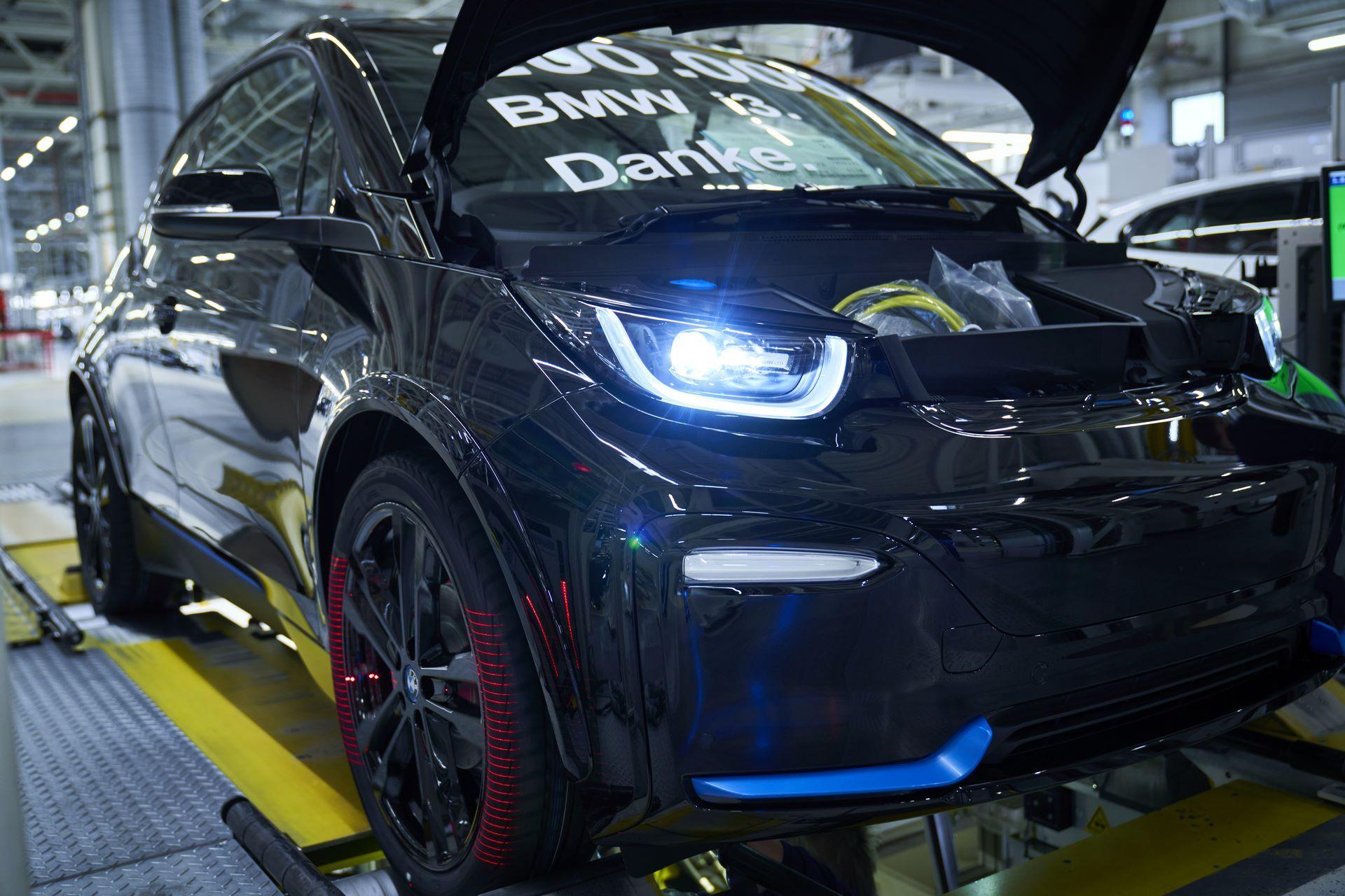 BMW-i8-plant-production-50
