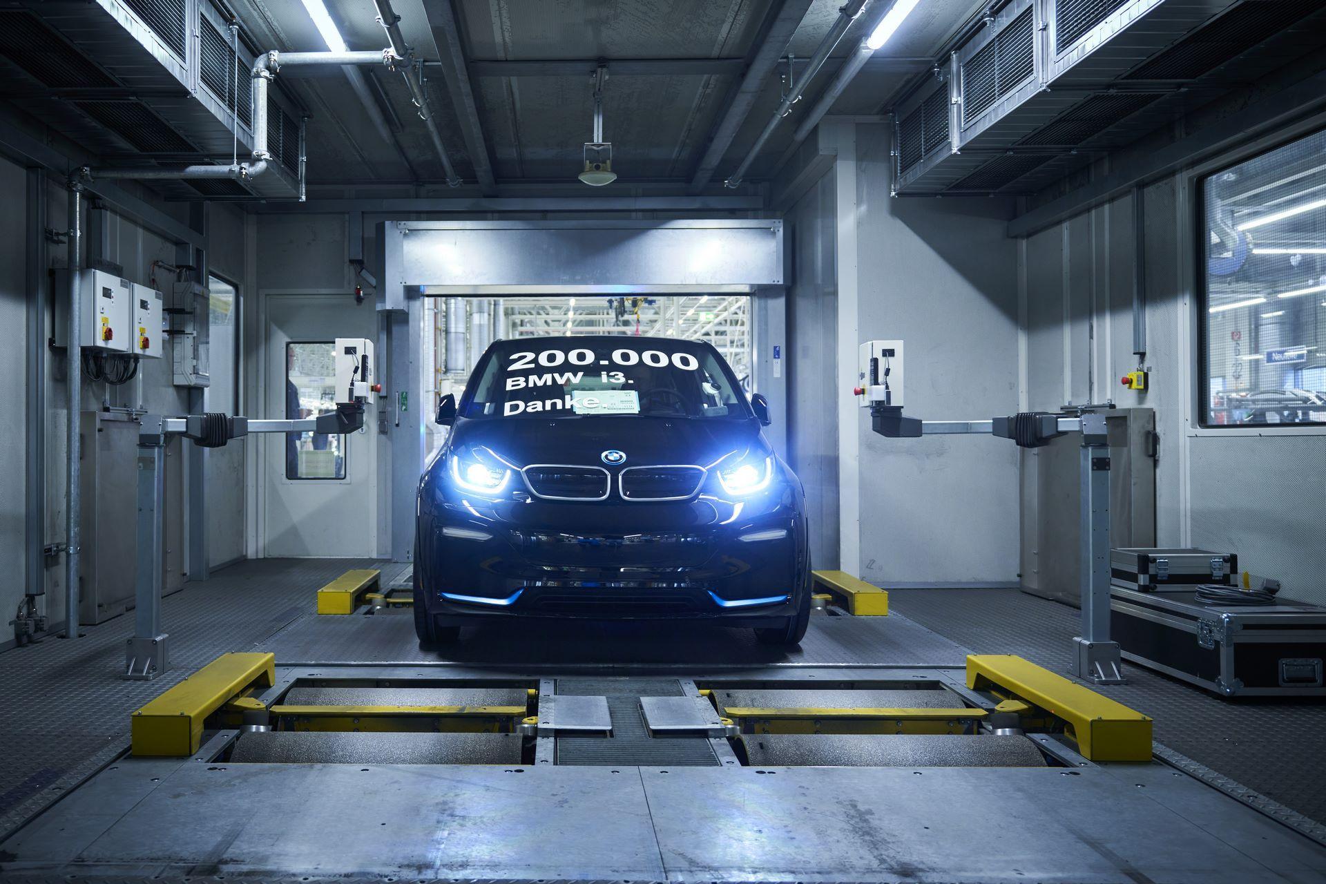 BMW-i8-plant-production-51