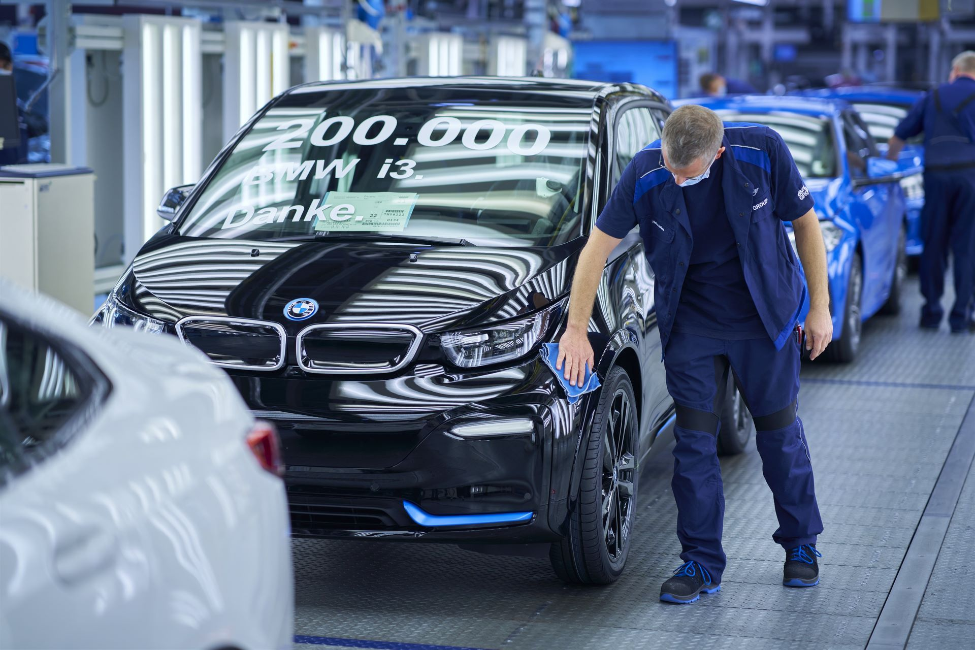 BMW-i8-plant-production-56