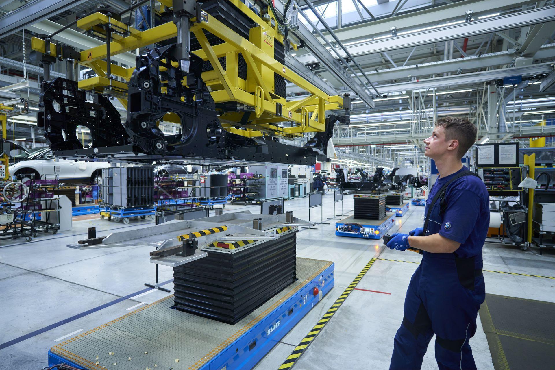 BMW-i8-plant-production-57