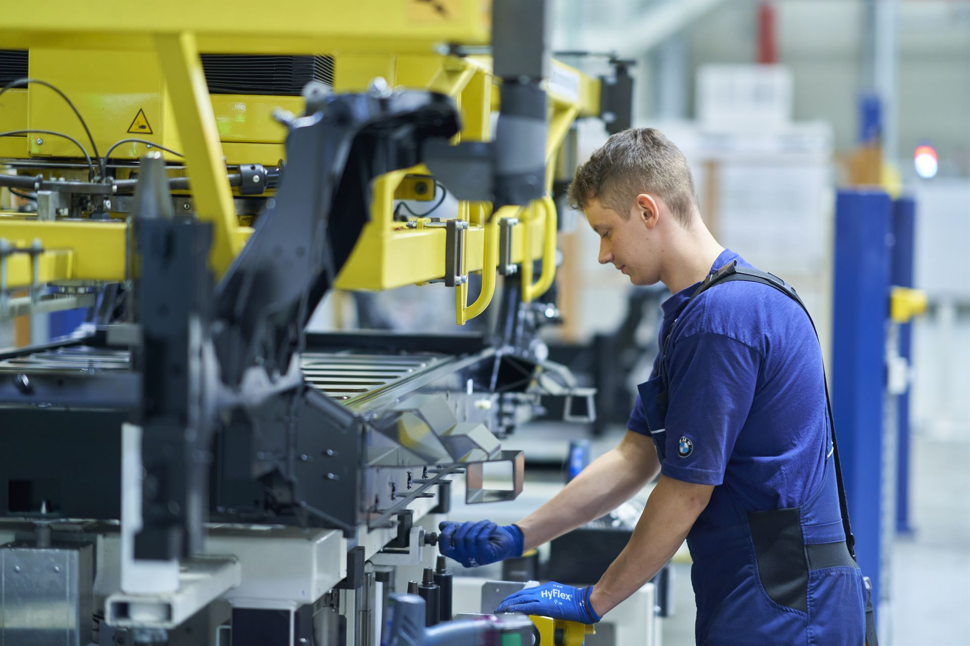 BMW-i8-plant-production-58