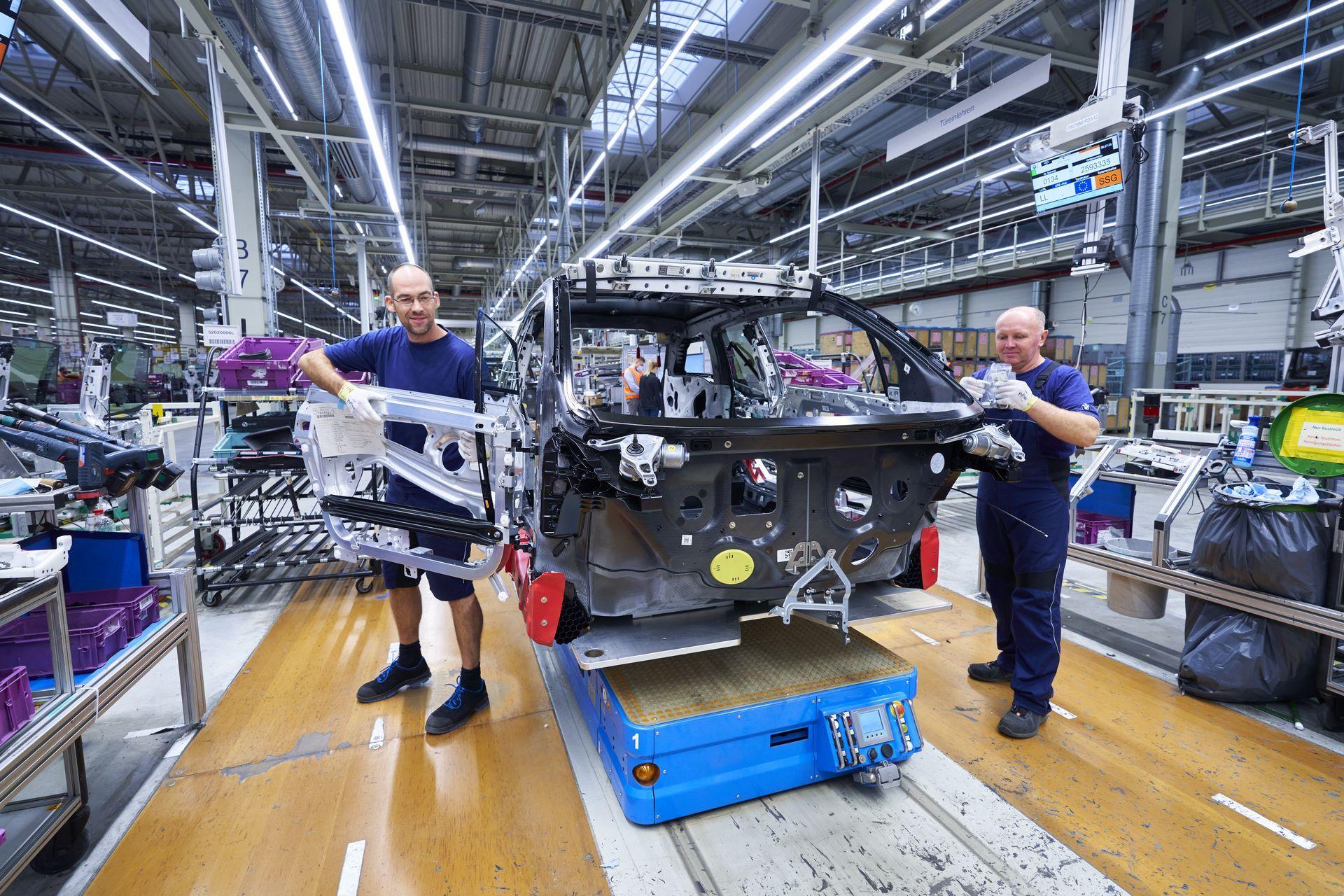 BMW-i8-plant-production-6