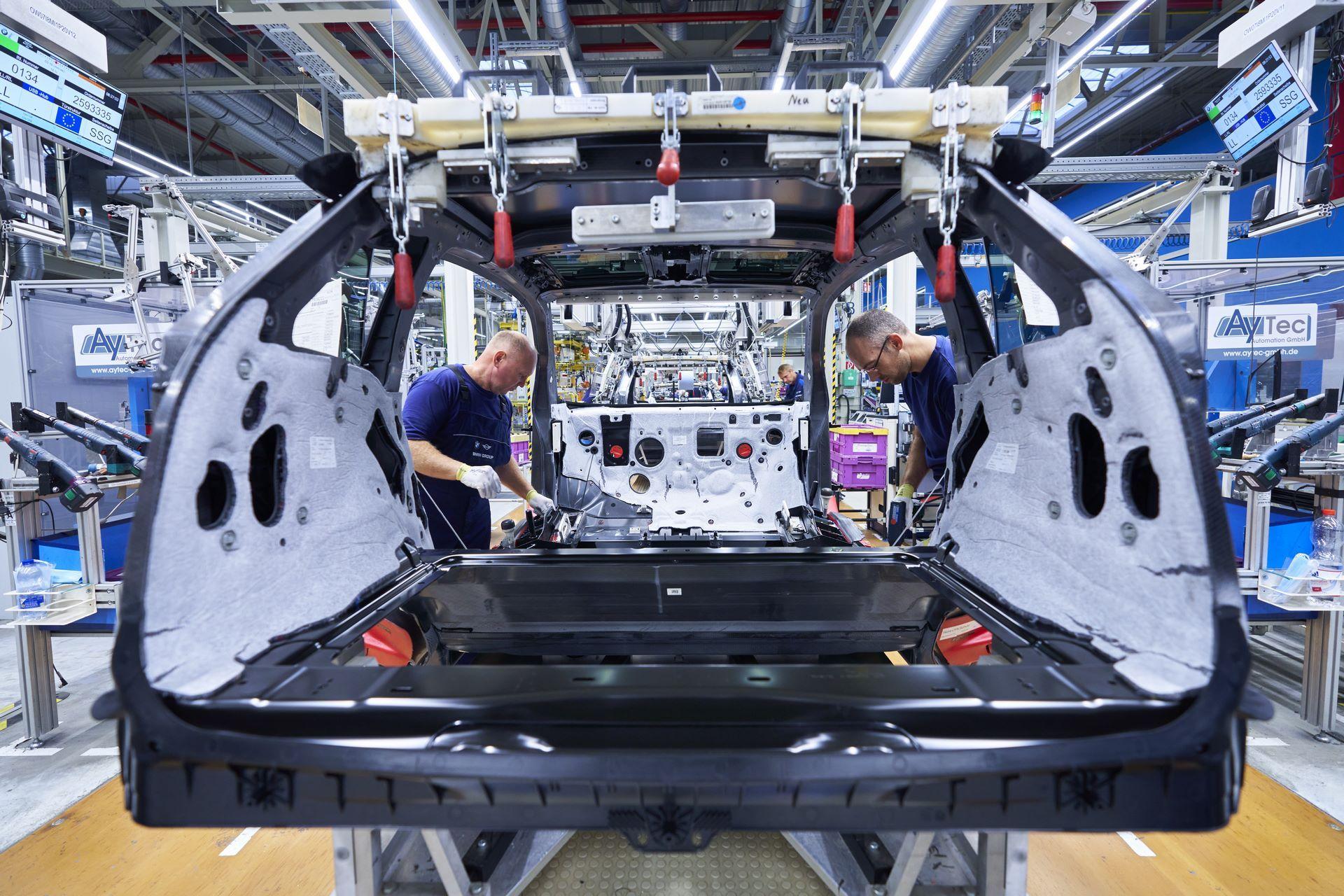 BMW-i8-plant-production-7