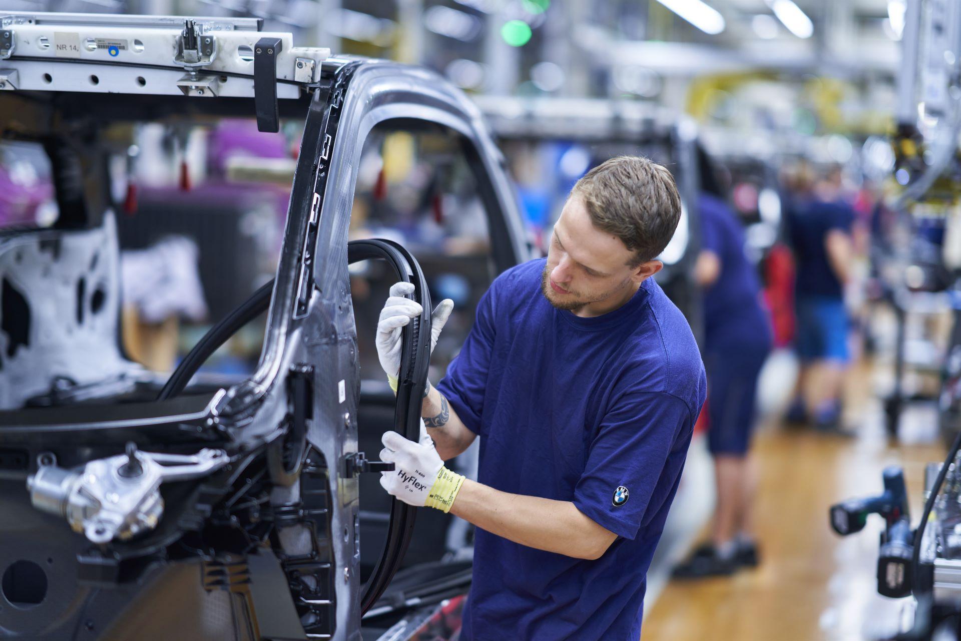 BMW-i8-plant-production-8